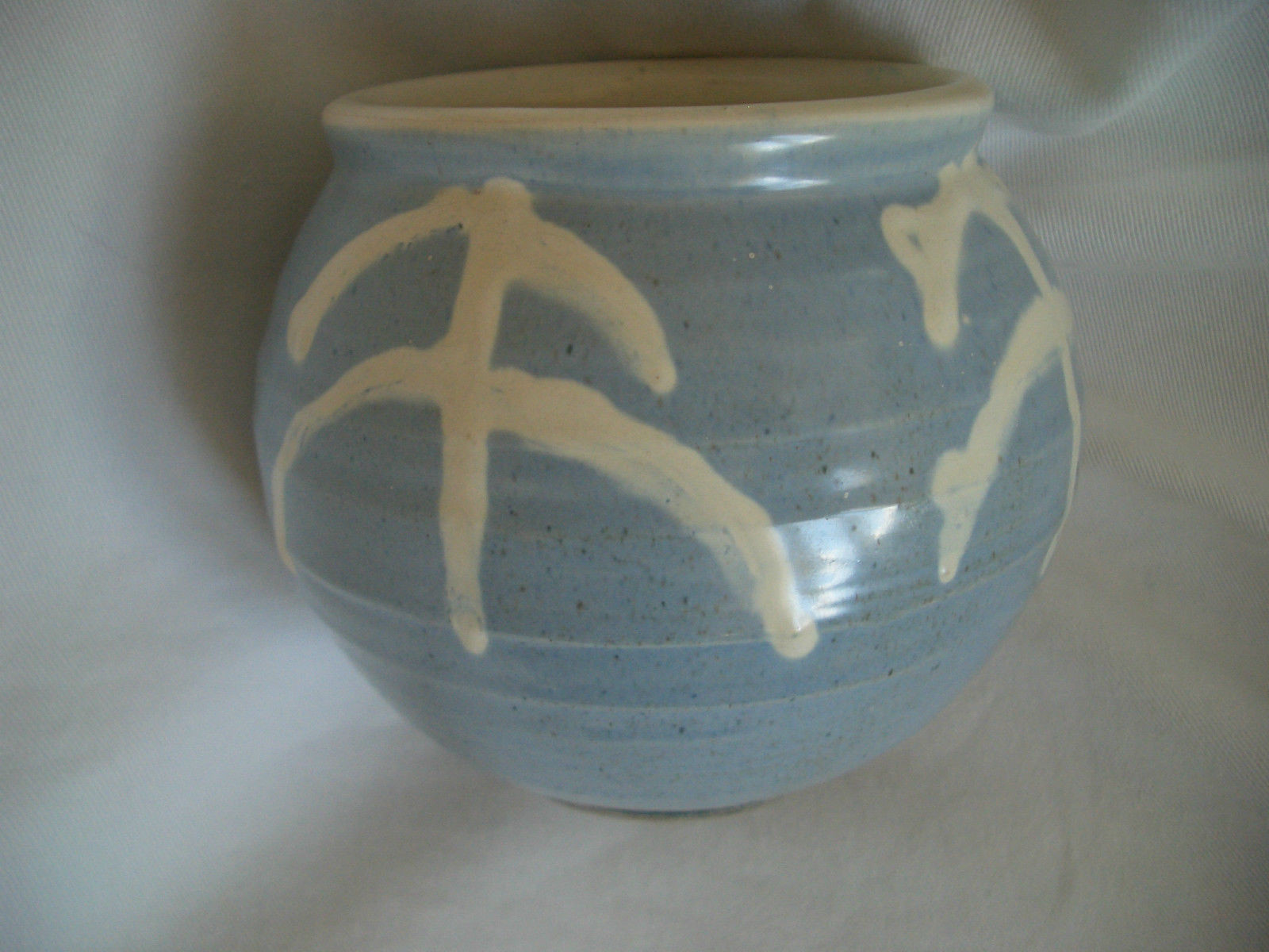 Isle Of Wight Glass Vase Of Buckfast Abbey Pottery Devon Bulbous Pale Blue Vase A8 99 Intended for 1 Of 2 See More