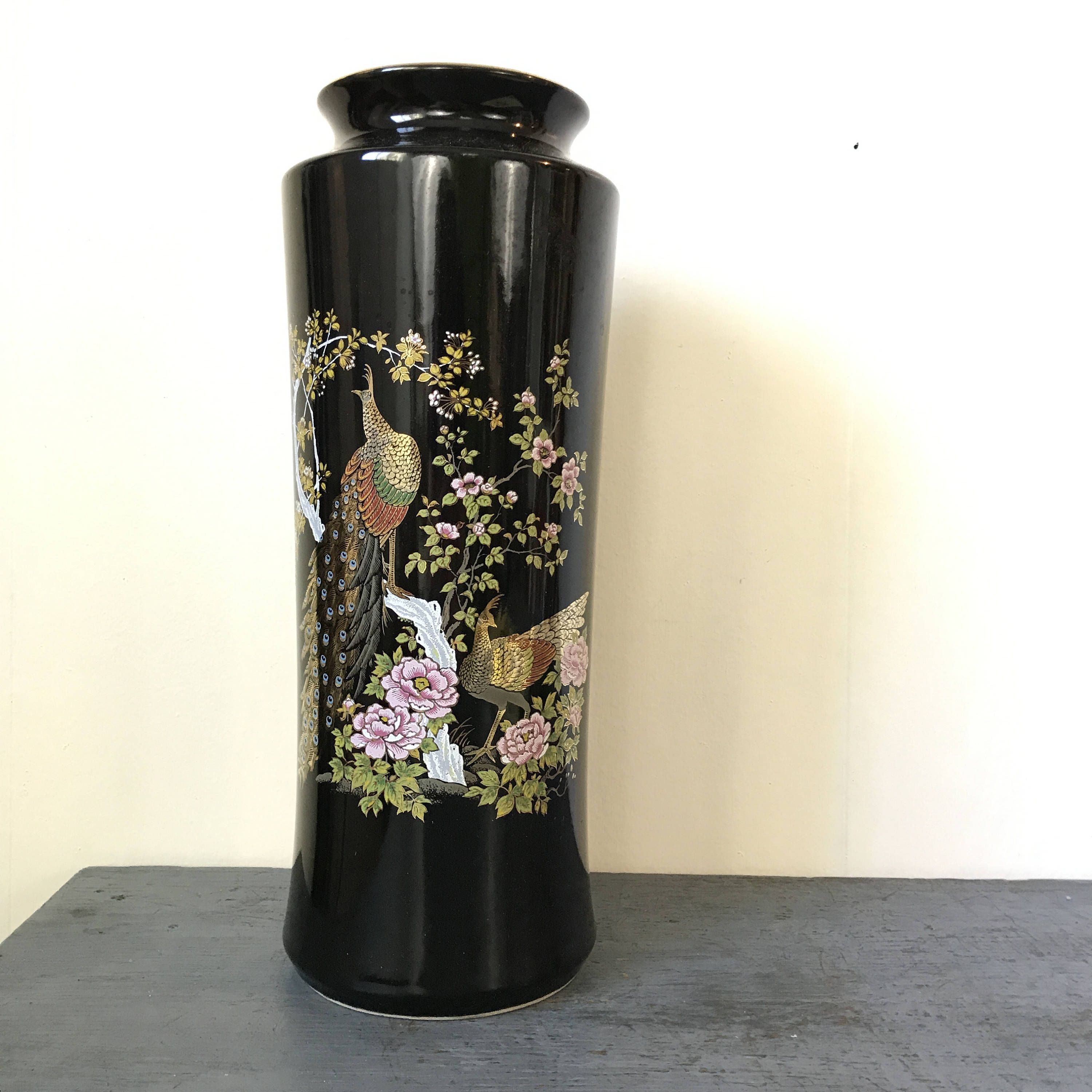 japanese ceramic vase of black ceramic vase photograph vases white square vasei 0d plastic within black ceramic vase stock vintage ceramic vase japanese peacock floral asian chinoiserie of black ceramic vase