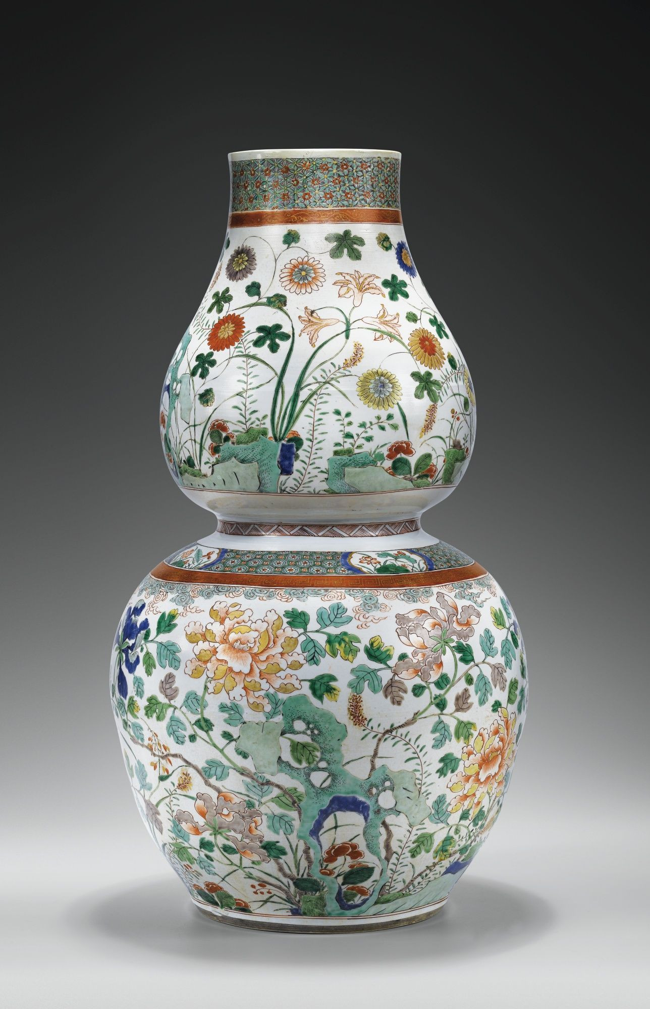 japanese cloisonne vase of large antique chinese craquel famille rose vase 19th cent within an unusual large double gourd shaped famille verte vase qing dynasty kangxi