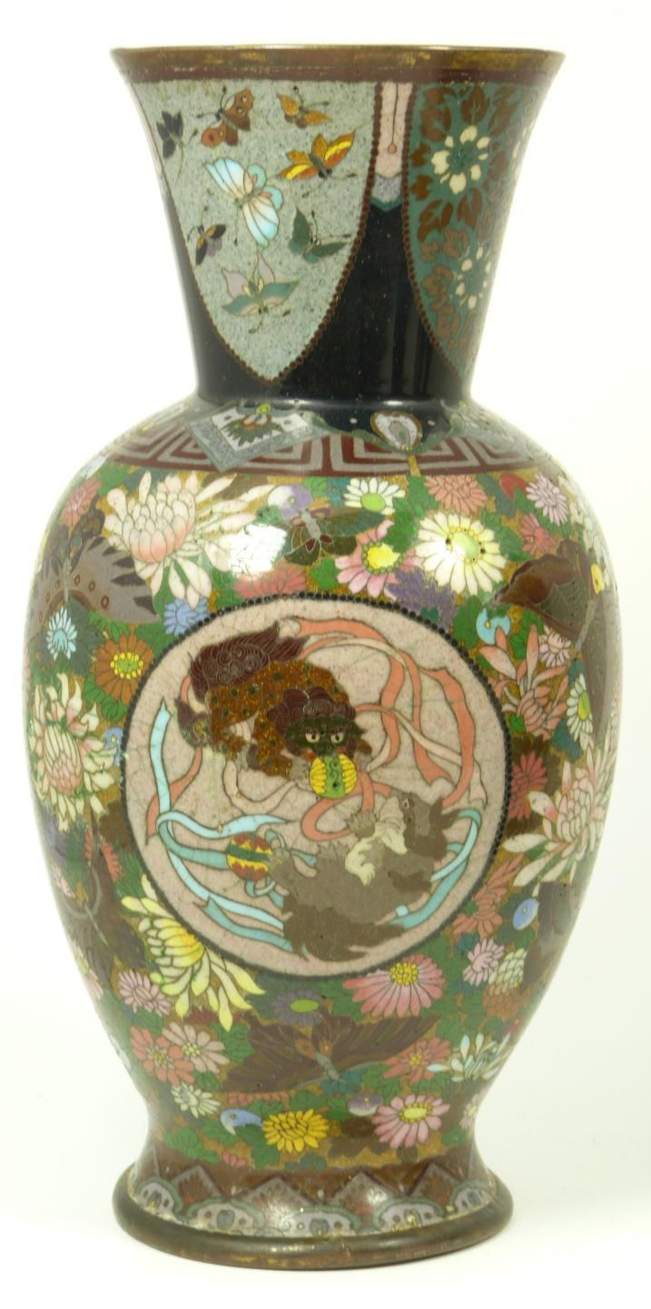 japanese pigeon blood cloisonne vase of 237 best cloisonne images on pinterest enamels porcelain with antique chinese cloisonne dragon phoenix vase antique chinese cloisonne enameled metal vase depicting foo dogs