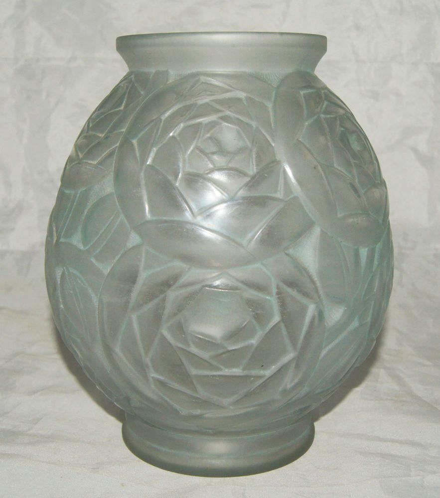 lalique vases on ebay of superbe vase art deco verre moule patine bleu decor fleurs signe p intended for superbe vase art deco verre moule patine bleu decor fleurs signe p d avesn 1930