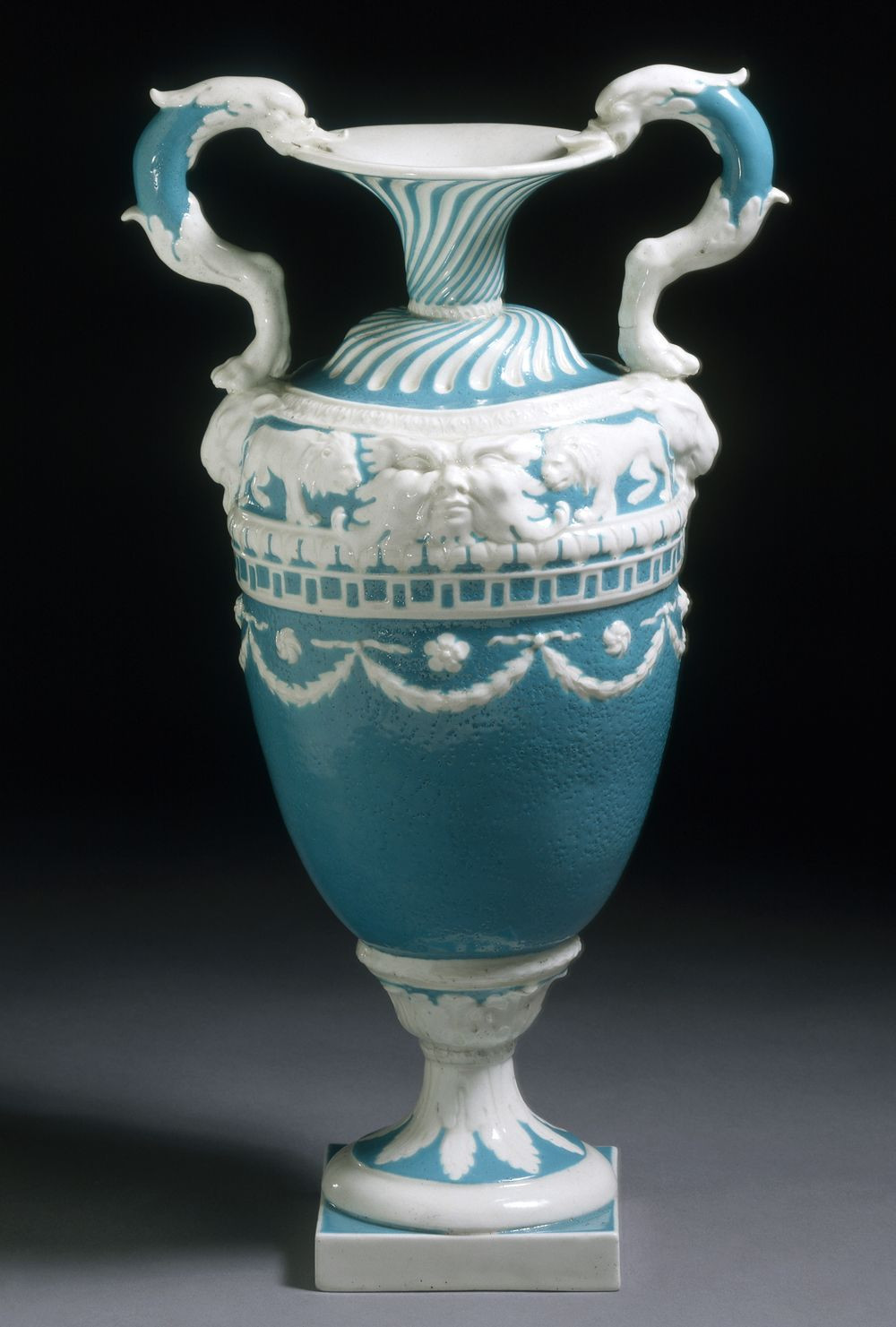 lalique versailles vase of vase derby porcelain factory 1773 1774 neo classicism was a regarding vase derby porcelain factory 1773 1774 neo classicism was a style that emerged in britain and france in the 1750s the style was based on the designs of