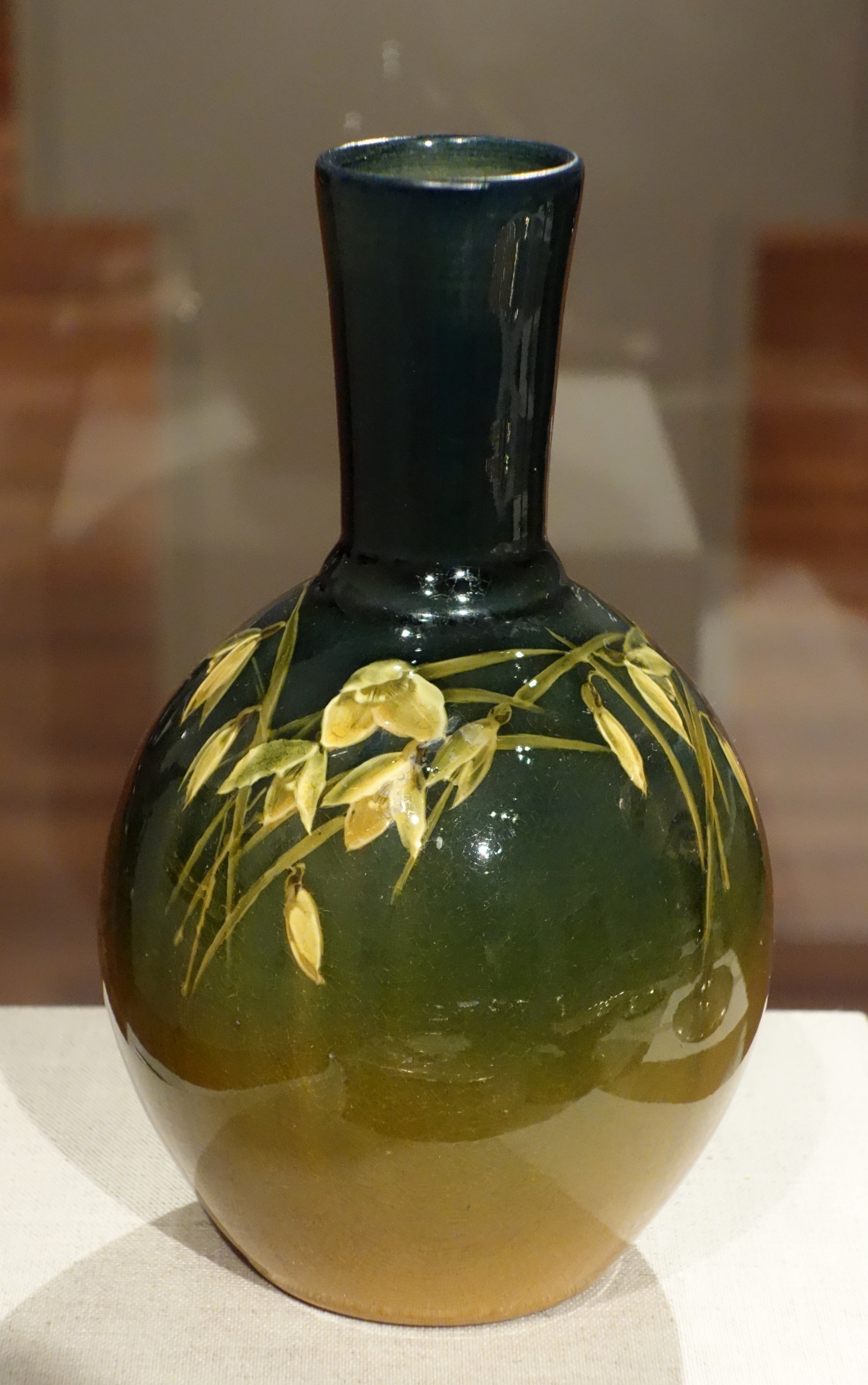 large crackle glass vase of american art pottery wikipedia throughout glazed earthenware vase rookwood pottery ca 1900