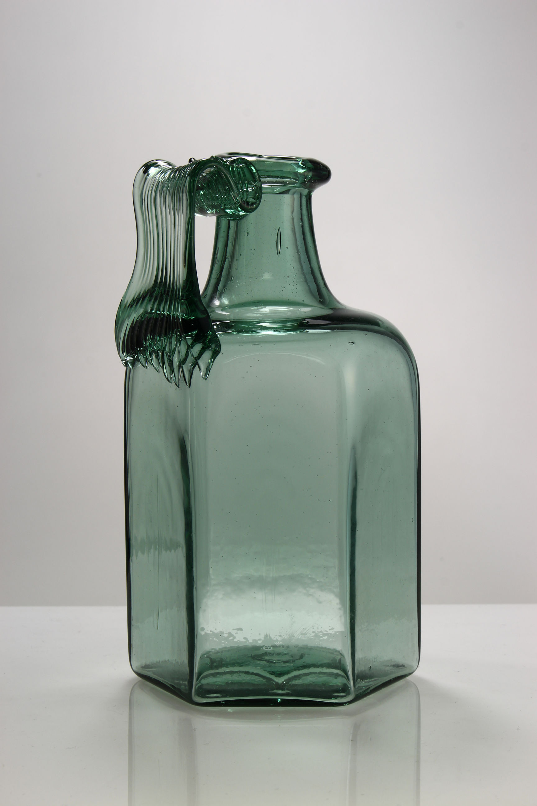 Large Green Glass Bottle Vase Of the Glassmakers Roman Mould Blown Vessel 065 In 065a0005 A30 Height 14 4cm