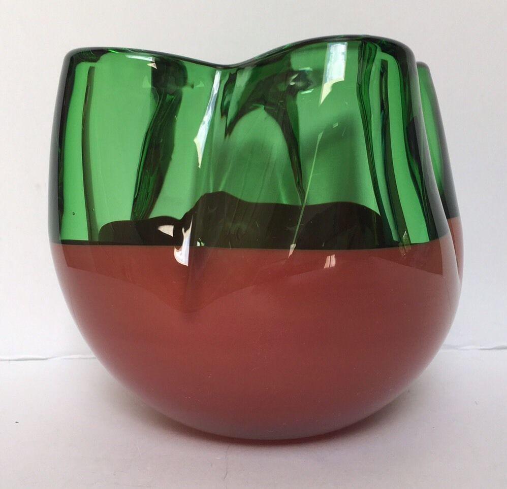large green glass vase of czechoslovakia art glass skrdlovice ladislav oliva 8311 large inside czechoslovakia art glass skrdlovice ladislav oliva 8311 large green and red a