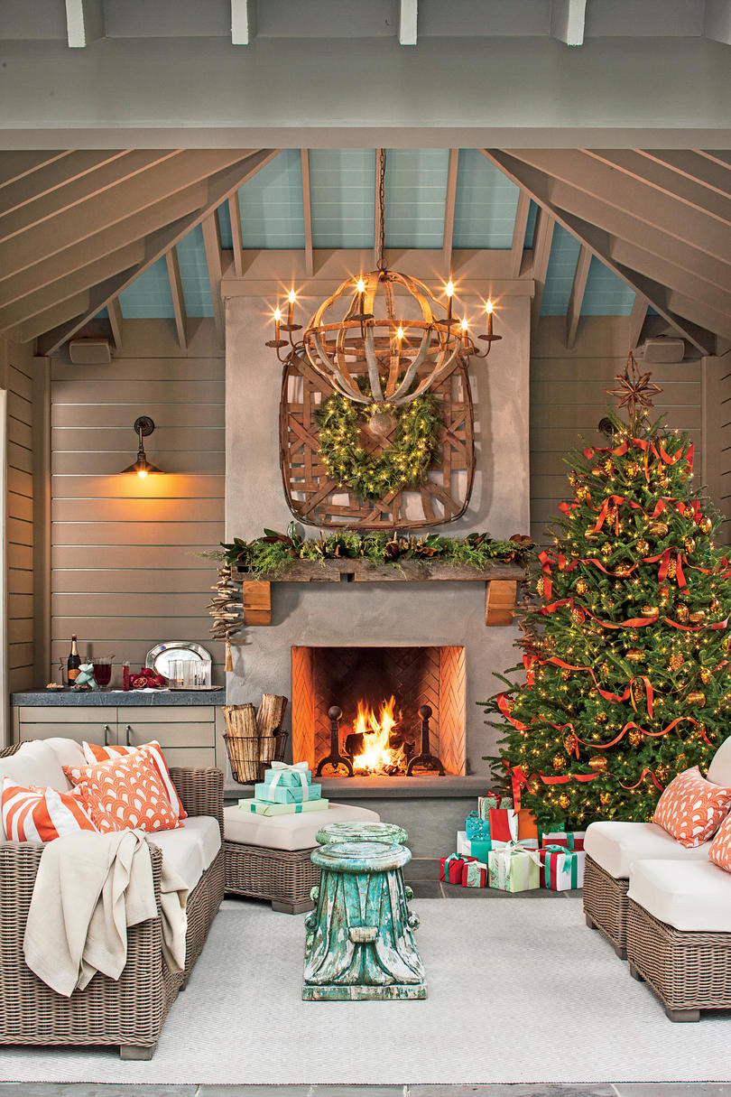 Large Vase Filler Ideas Of 100 Fresh Christmas Decorating Ideas southern Living Throughout 2243401 Bacal0700