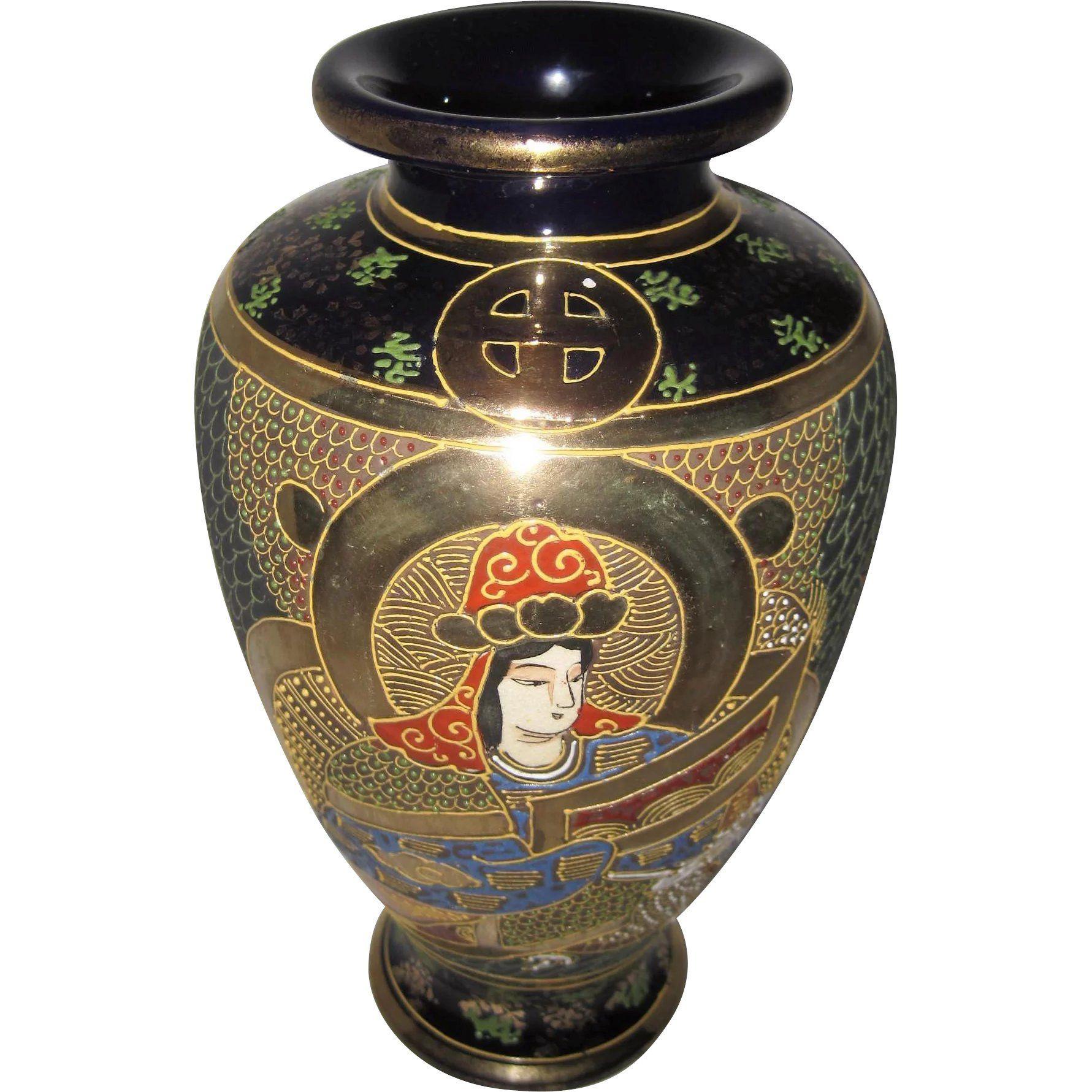 large white urn vase of cobalt blue vase awesome moriage satsuma japan gold gilt vase w pertaining to cobalt blue vase awesome moriage satsuma japan gold gilt vase w cobalt blue hand painted