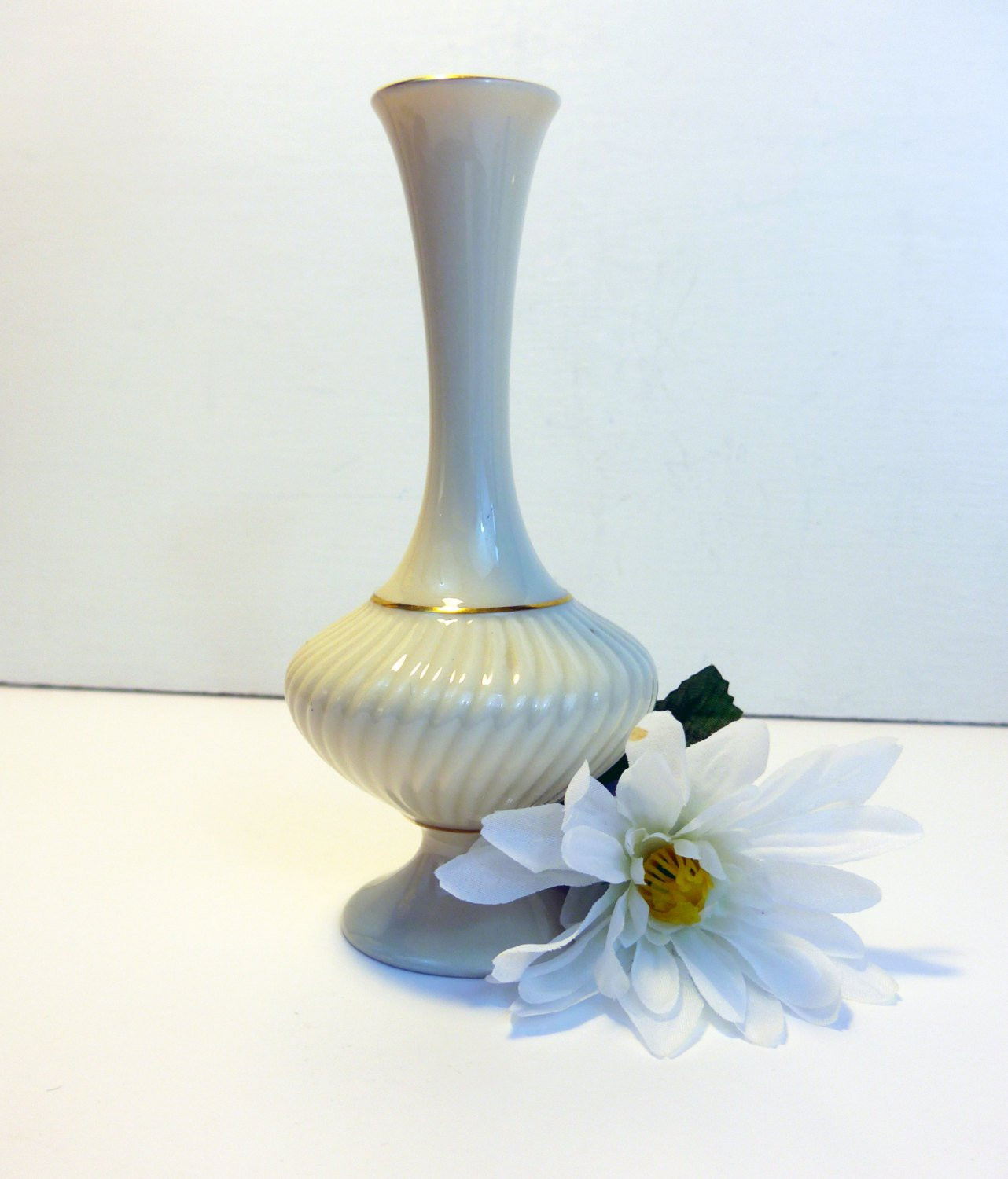 lenox bud vases set of 3 of vintage lenox white cream vase w gold trim giftware swirl within vintage lenox white cream vase w gold trim giftware swirl ribbed vase savoy lenox china bud vase traditional classic home decor
