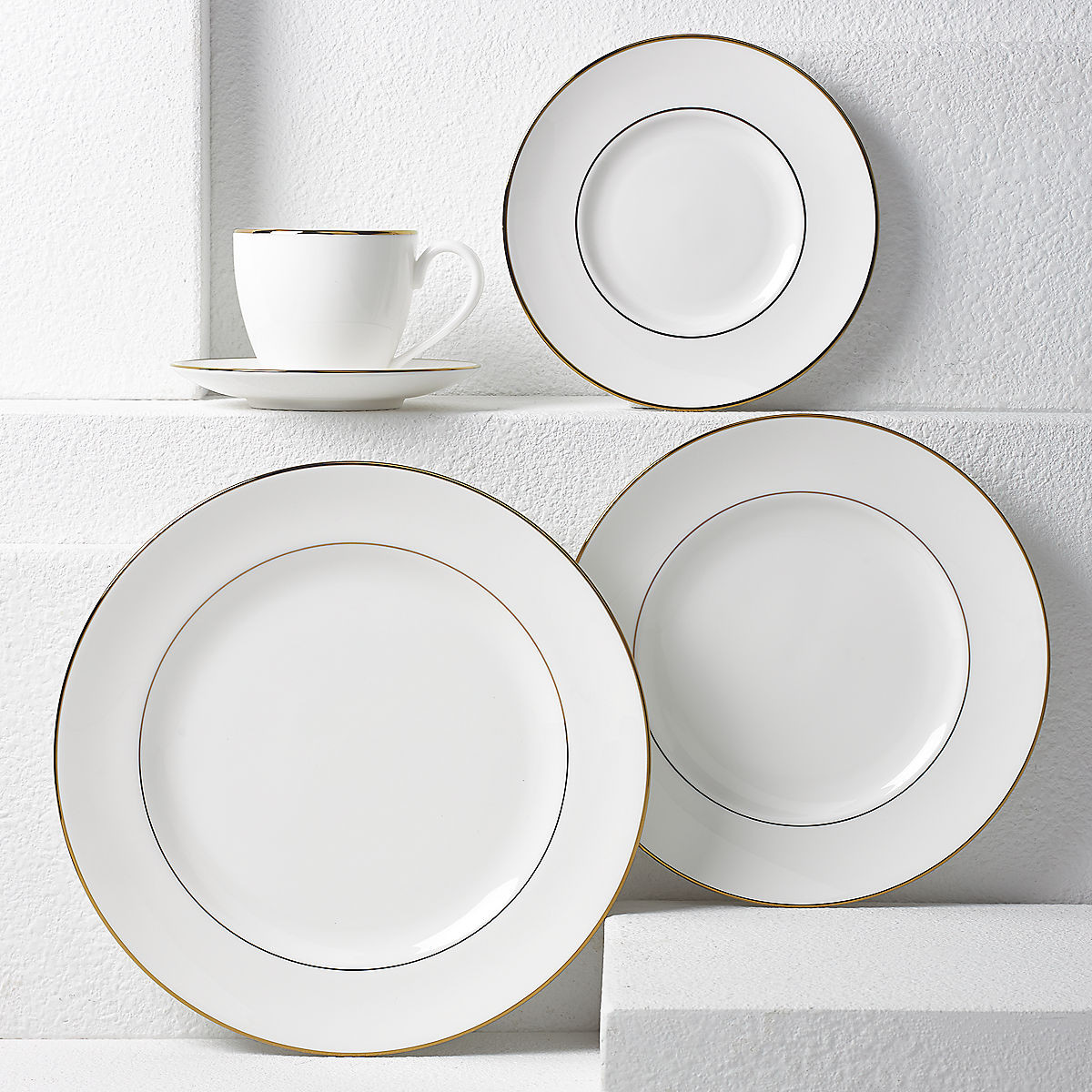 """lenox vase patterns of continental dininga""""¢ gold 5 pc place setting intended for continental dining8482 gold 5 pc place setting 6225304 whr"""