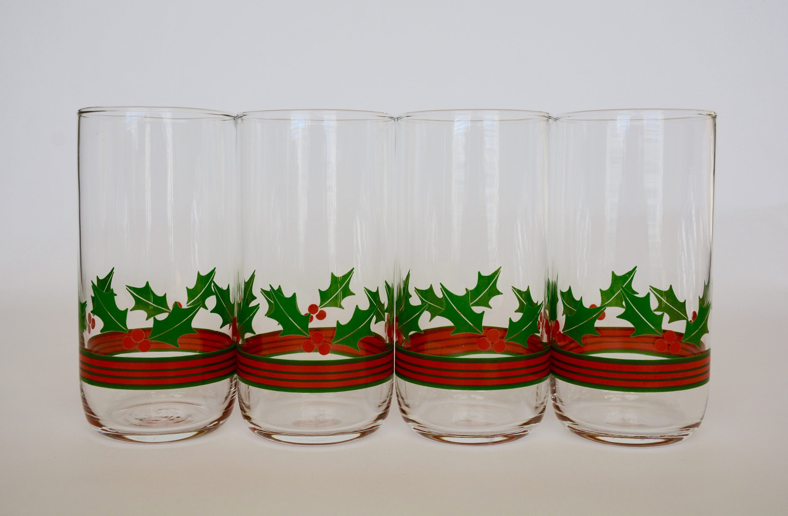 Libbey Glass Vases Of Vintage Libbey Holly and Berries Glasses Holly Berries Etsy with Regard to Image 0