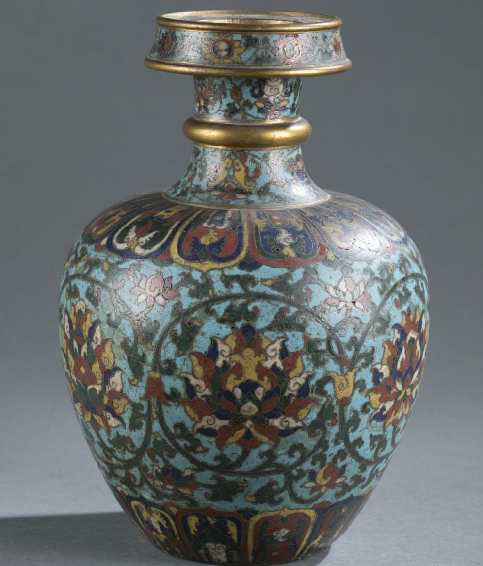 limoges china vase of believed by the sellers to have no value the vase went for 812500 in believed by the sellers to have no value the vase went for 812500 more