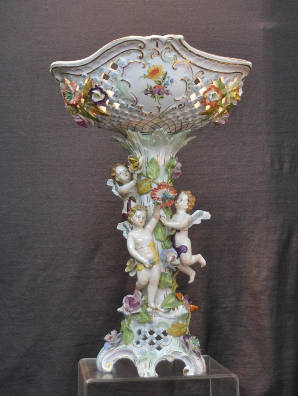 lladro bird scene vase of dresden porcelain for sale at online auction buy rare dresden with regard to large carl thieme dresden center piece
