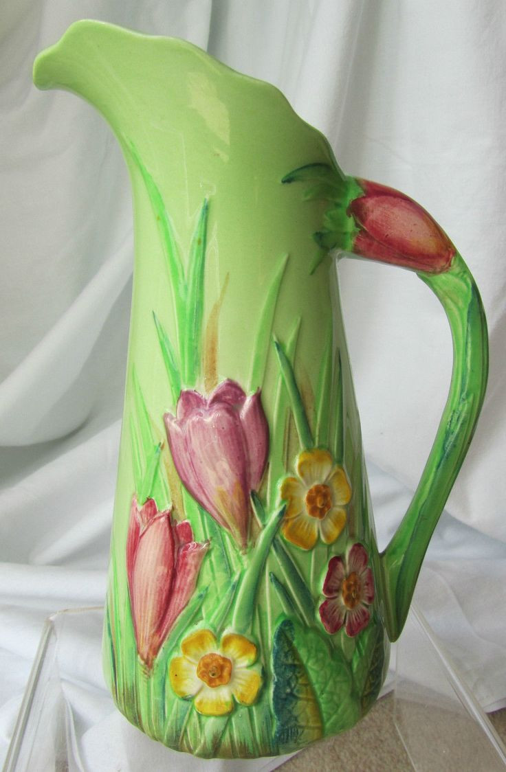 louwelsa weller vase of 78 best pottery images on pinterest ceramic art flower vases and within rare 1930s carlton ware embossed crocus flower australian design jug pitcher