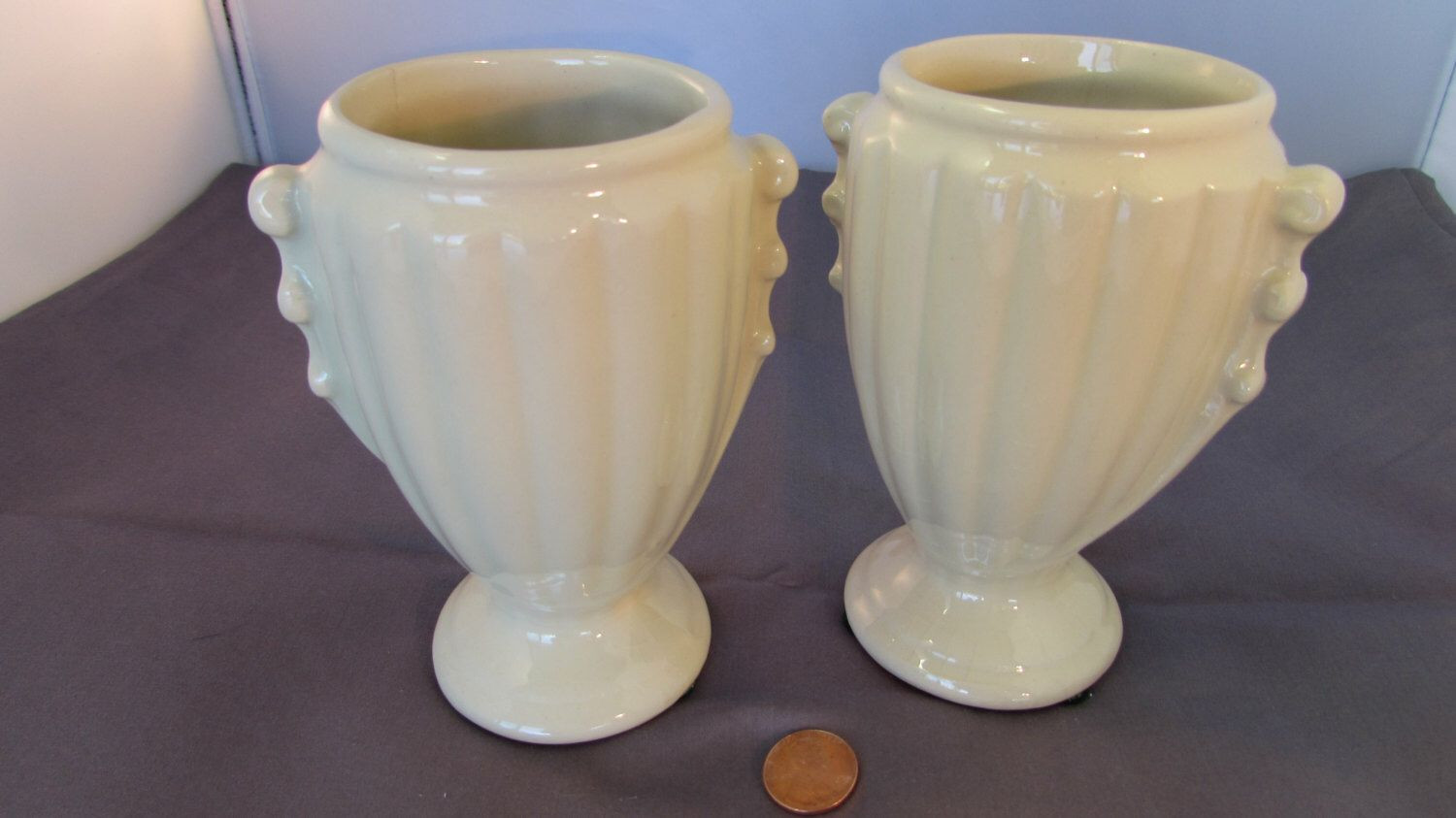 Mccoy Green Vase Value Of Vintage Classic Ivory White Greek Mccoy Vase Two Available C by Intended for Vintage Classic Ivory White Greek Mccoy Vase Two Available C by Mccoypotterylovers On