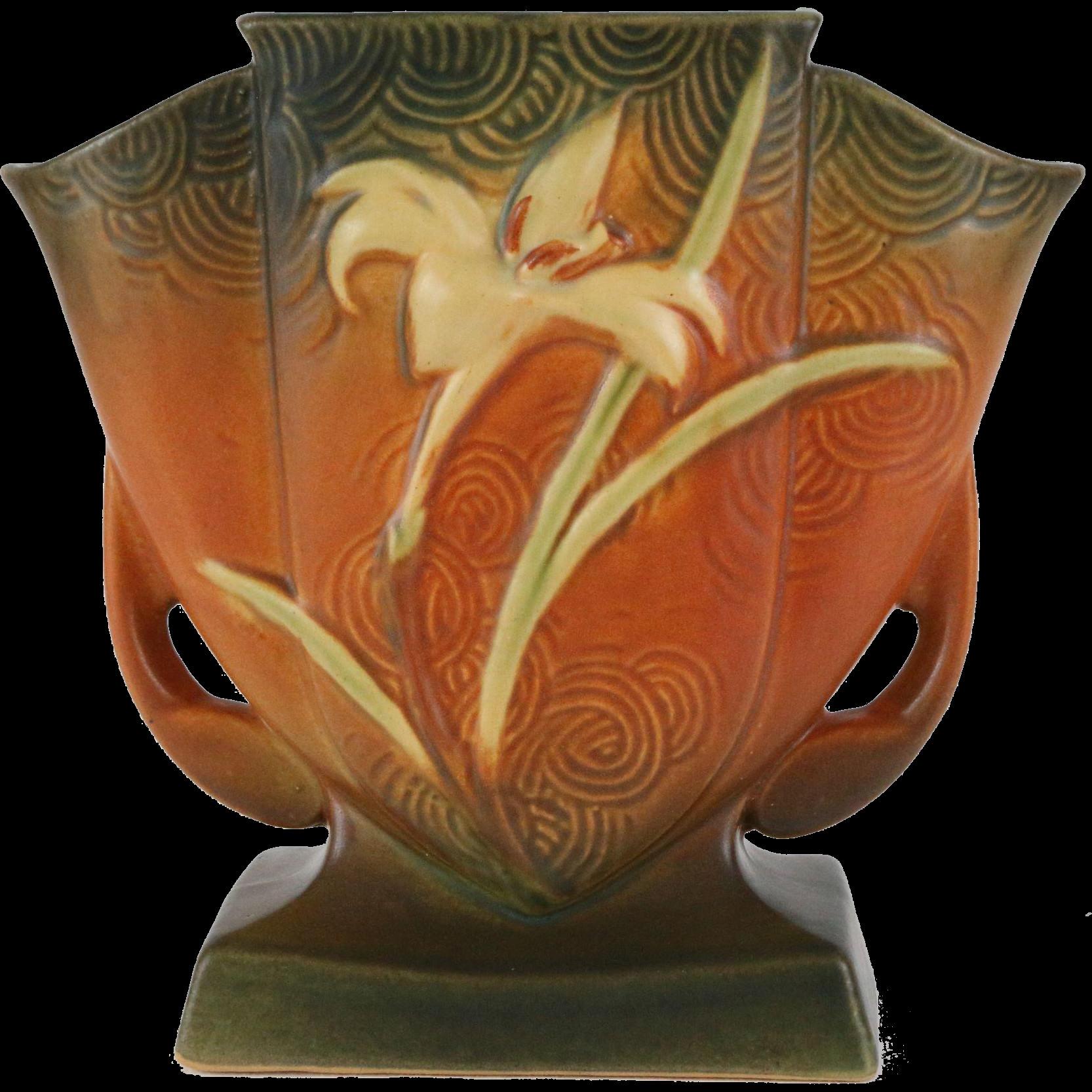 mccoy pottery green vase of roseville zephyr lily 7 fan vase 206 7 roseville decorative regarding roseville zephyr lily 7 fan vase 206 7