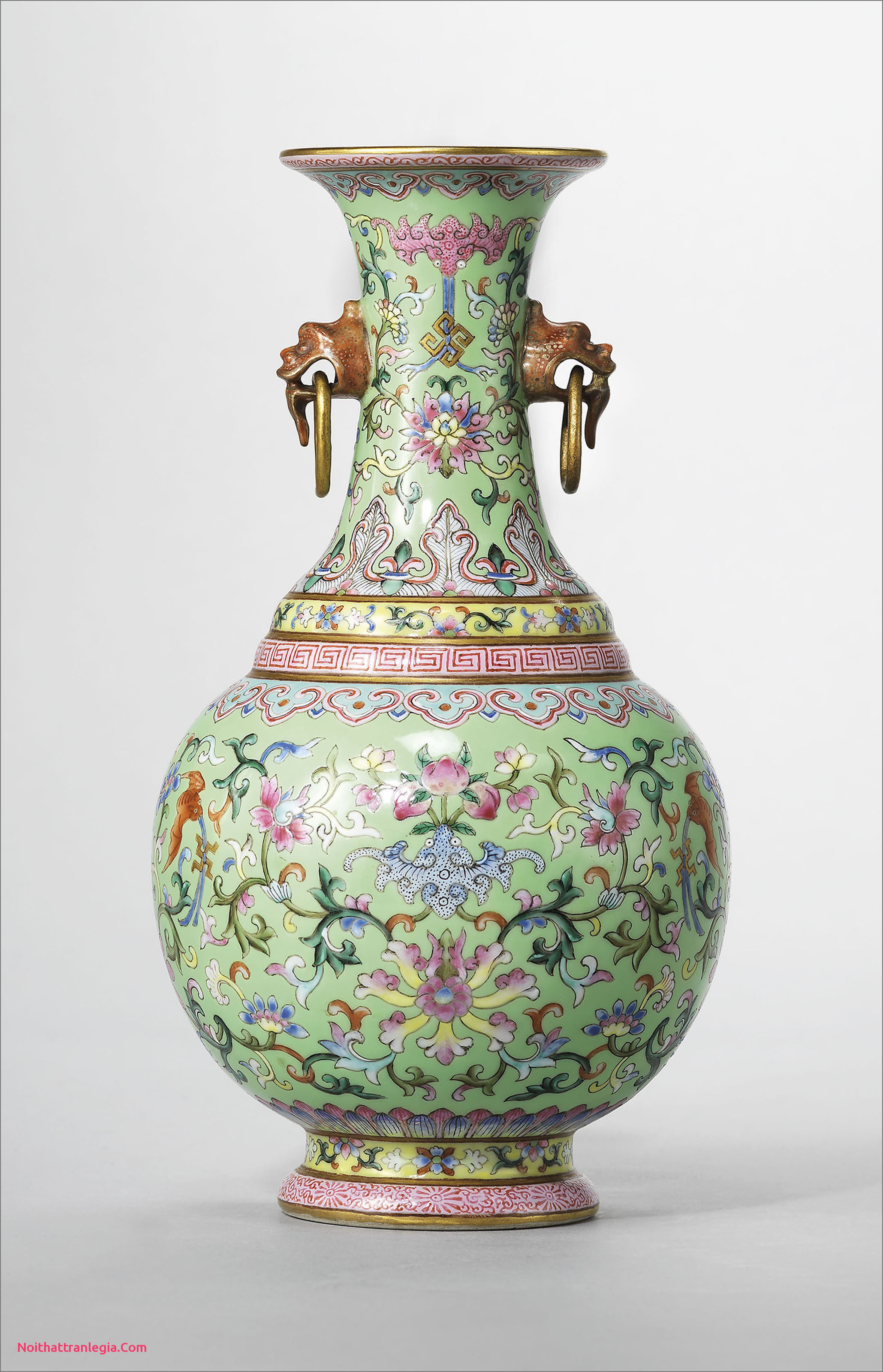 metal urn vase of 20 chinese antique vase noithattranlegia vases design pertaining to a lime green ground famille rose twin handled vase jiaqing six character