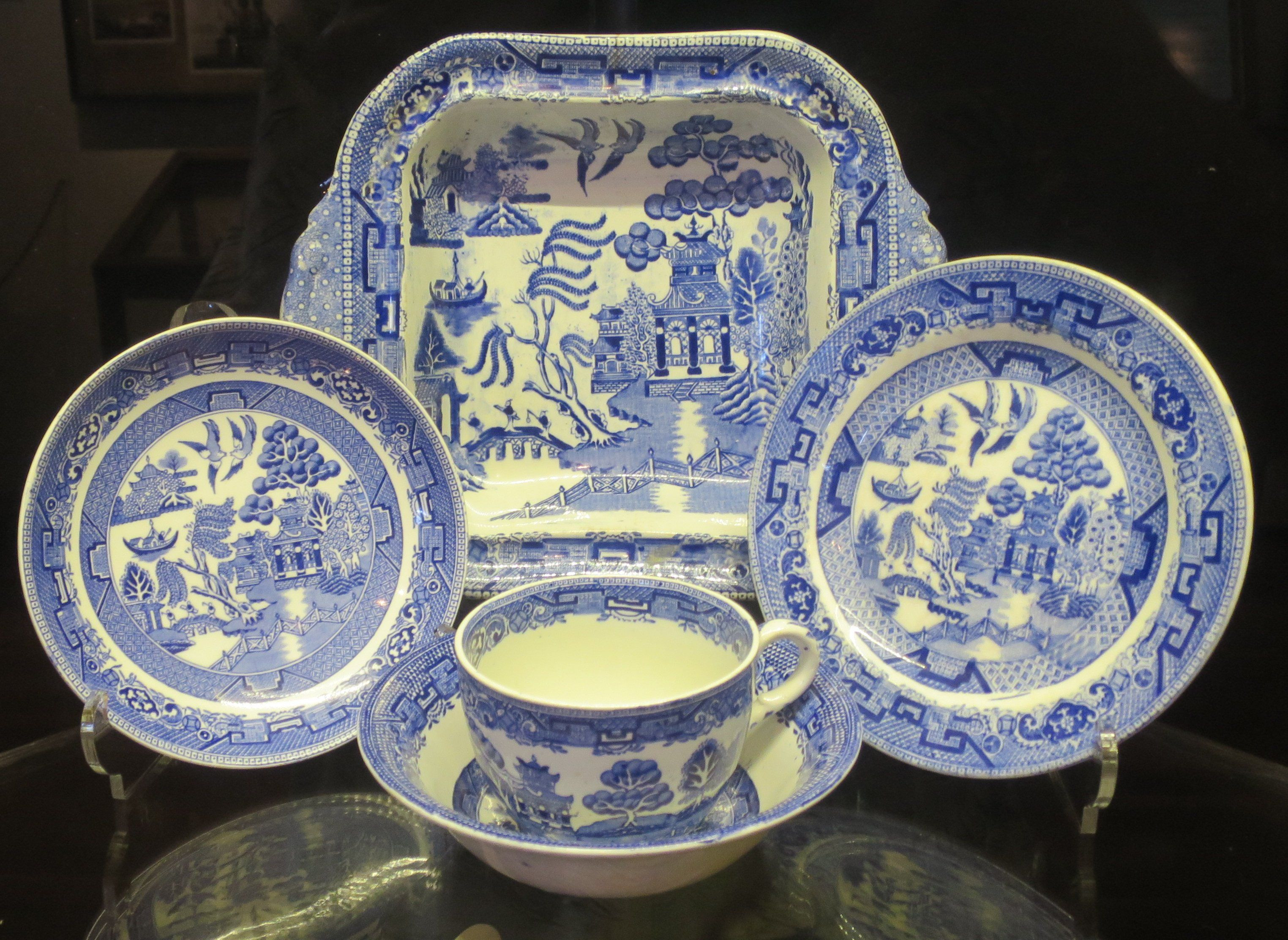 ming vase markings of chinese vase shapes fresh willow pattern the weekly world with regard to chinese vase shapes fresh willow pattern