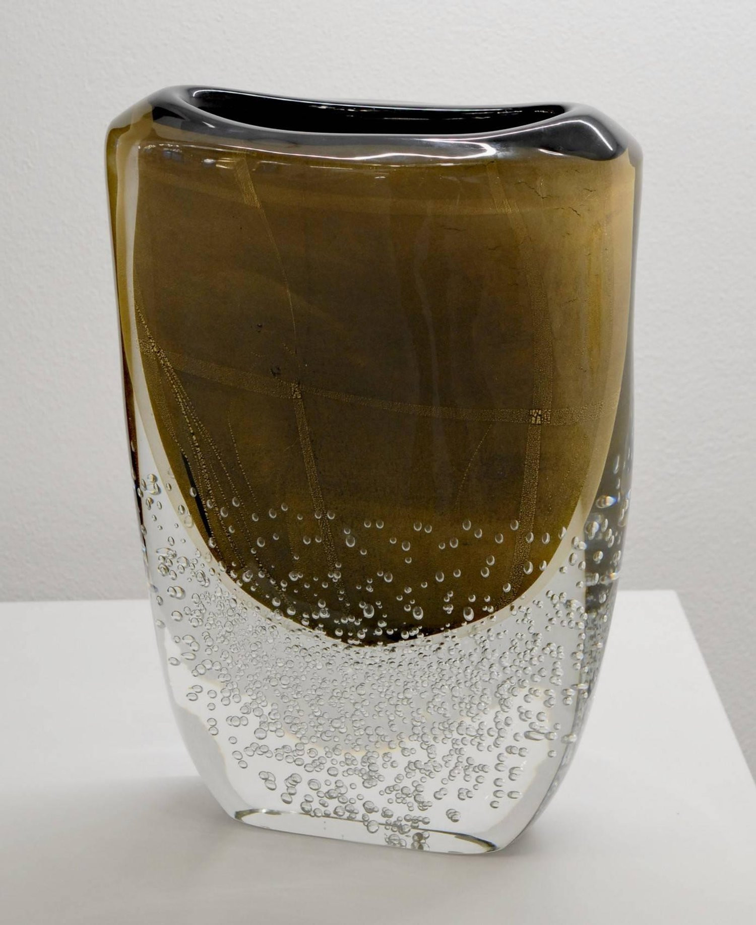 Murano Glass Vase Signed Of Romano Dona Tall Incalmo Black Gold Vase Murano sommerso Bubbles Regarding Romano Dona Tall Incalmo Black Gold Vase Murano sommerso Bubbles Pulegoso for Sale at 1stdibs