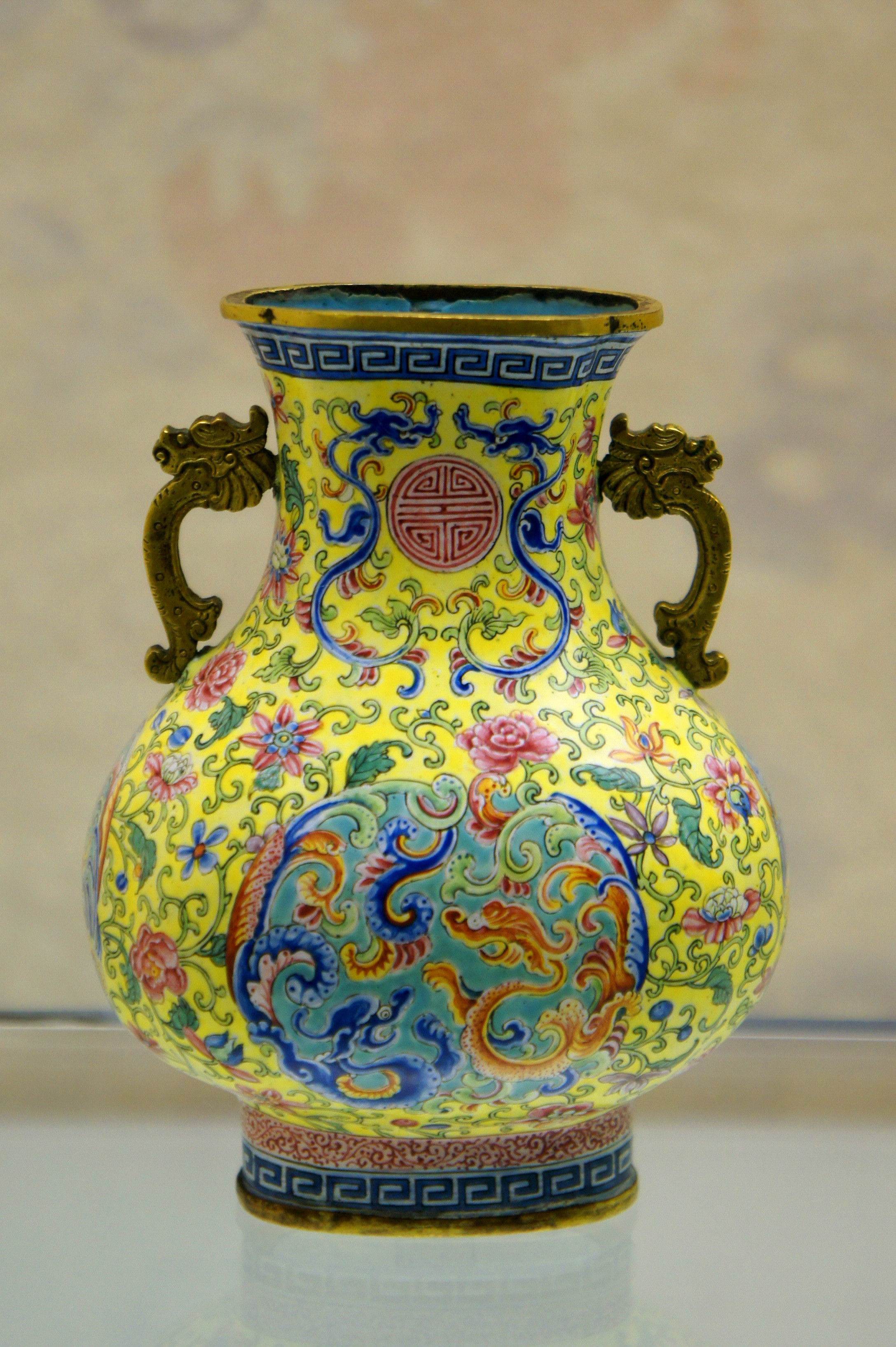 occupied japan vase prices of culture of hong kong wikipedia throughout canton porcelainedit