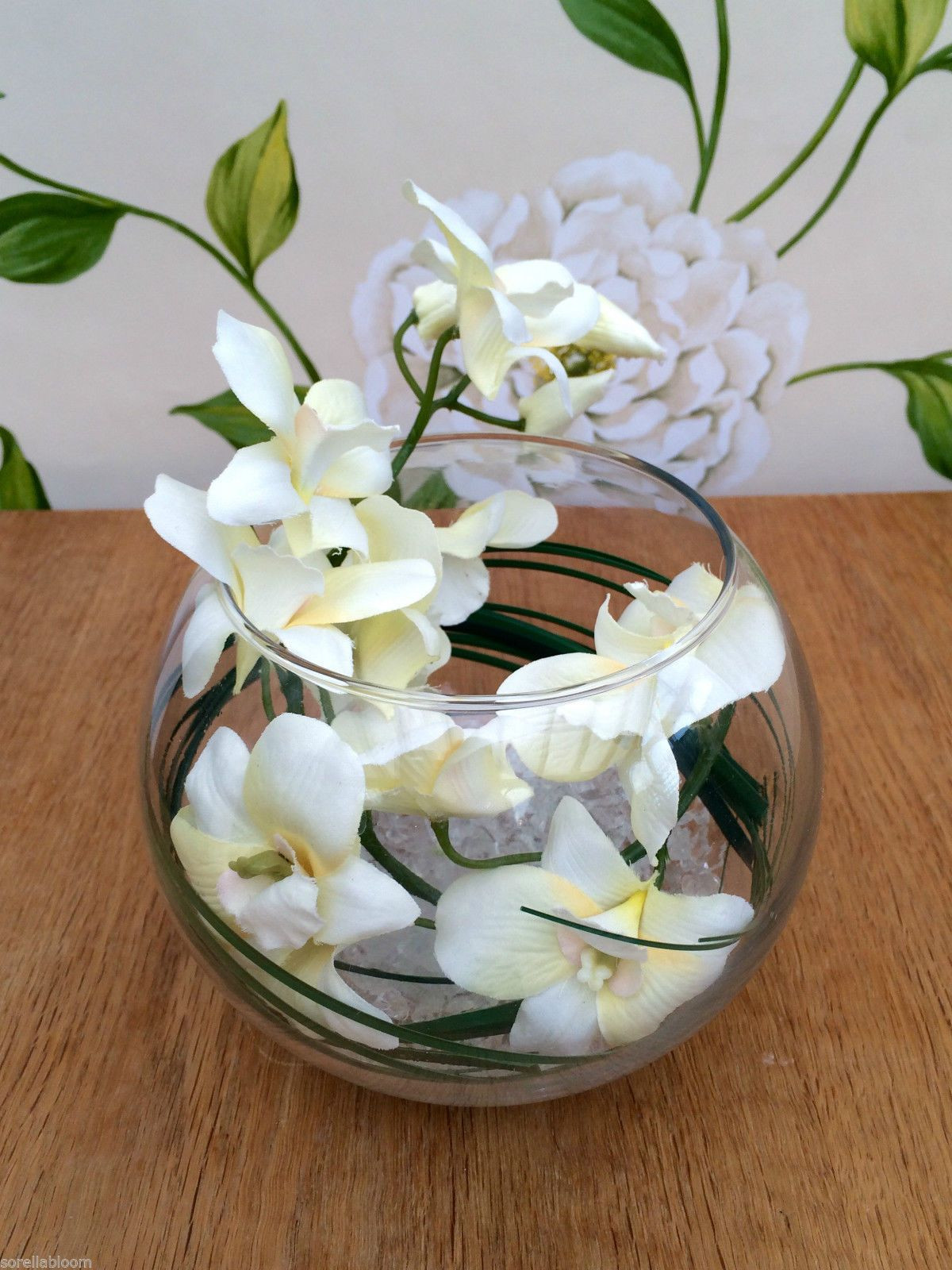 29 Cute orchid Arrangements In Glass Vases