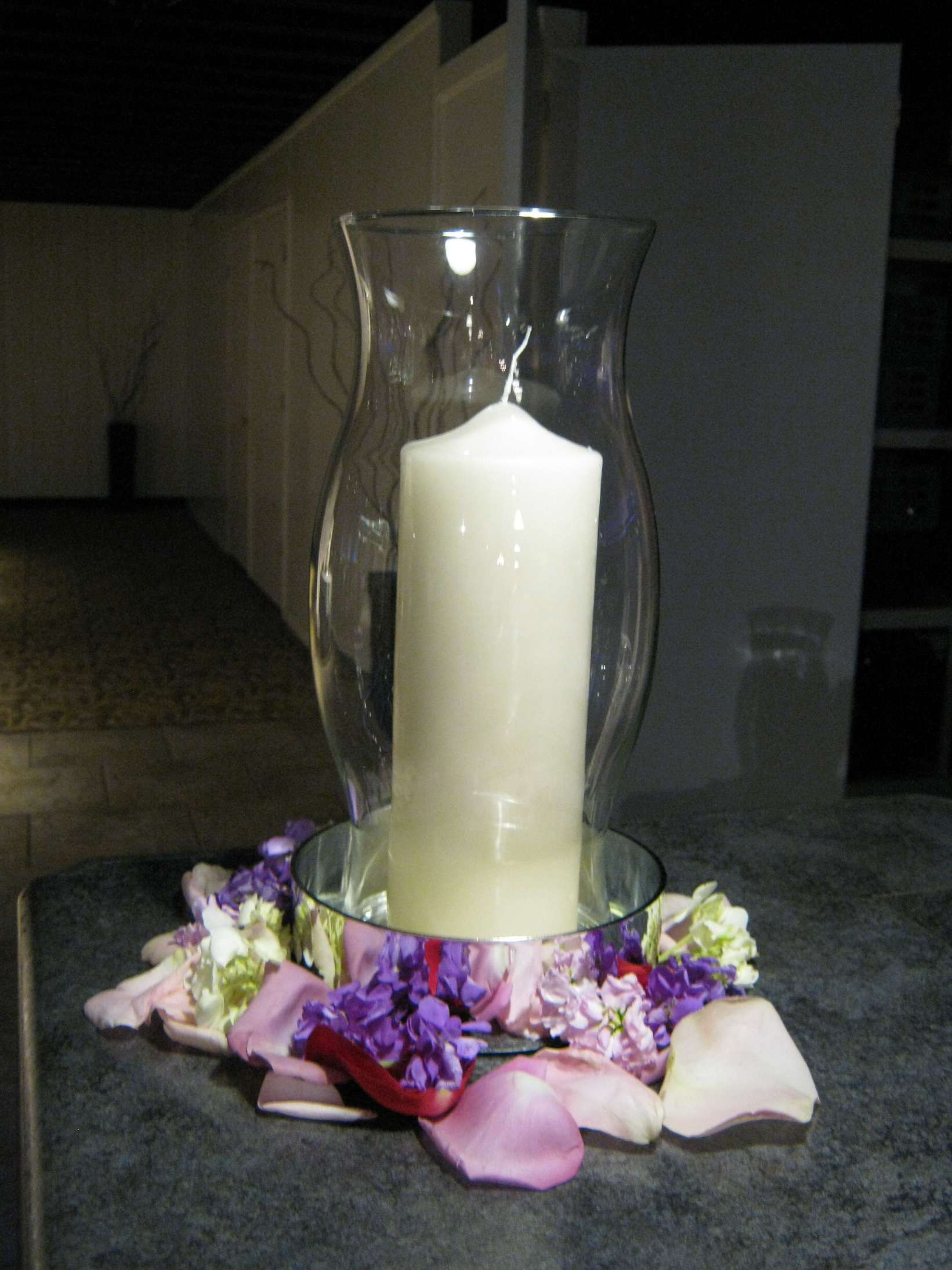 Orchid with Vase Of Large Hurricane Vase Inspirational since Hurricane Vase with Candle Throughout Large Hurricane Vase Inspirational since Hurricane Vase with Candle and Flowers at the Base