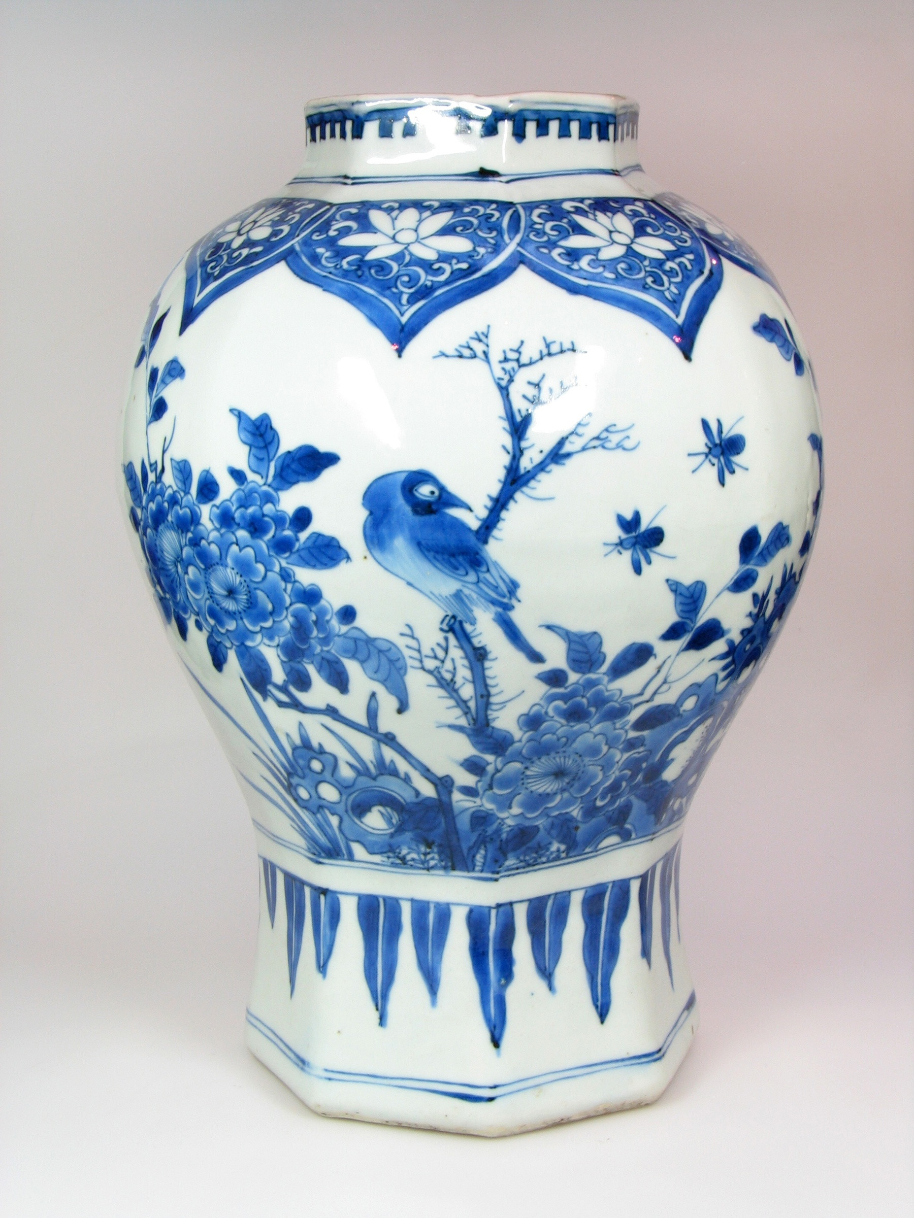 oriental porcelain vase of a fine chinese blue white vase transitional 1630 1660 anita gray with a fine chinese blue white vase
