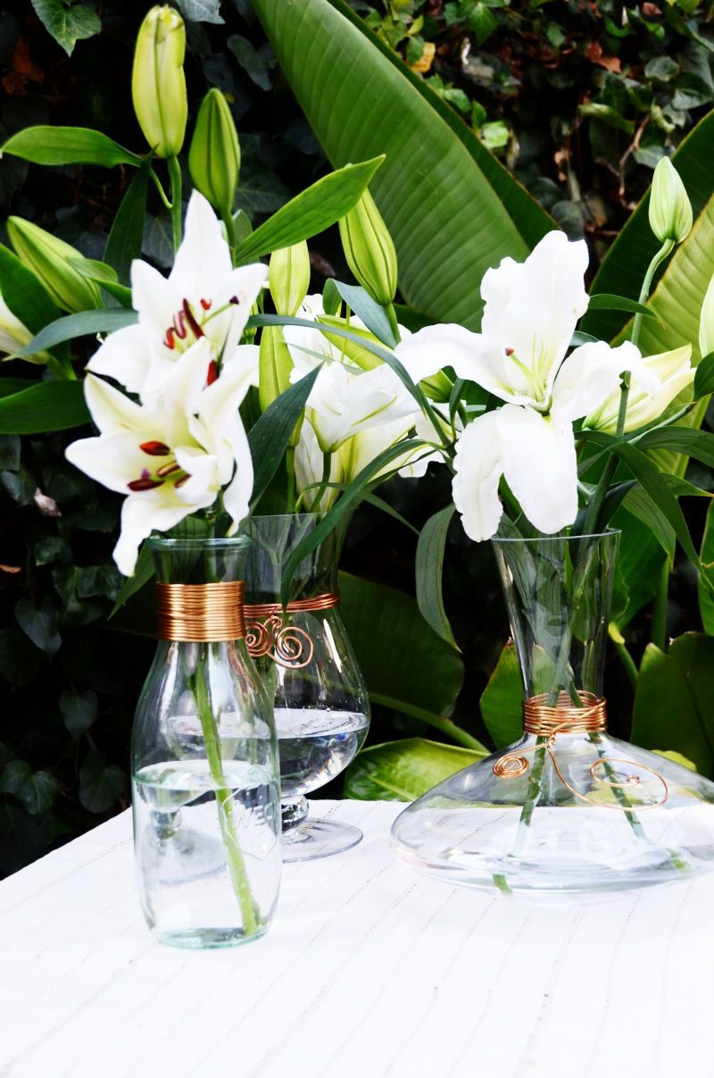 outside flower vases of diy wire wrapped vases mr kate diy pinterest wire wrapping with diy wire wrapped vases perfect for displaying florals on the kitchen table outside for parties or to give to a friend as a gift