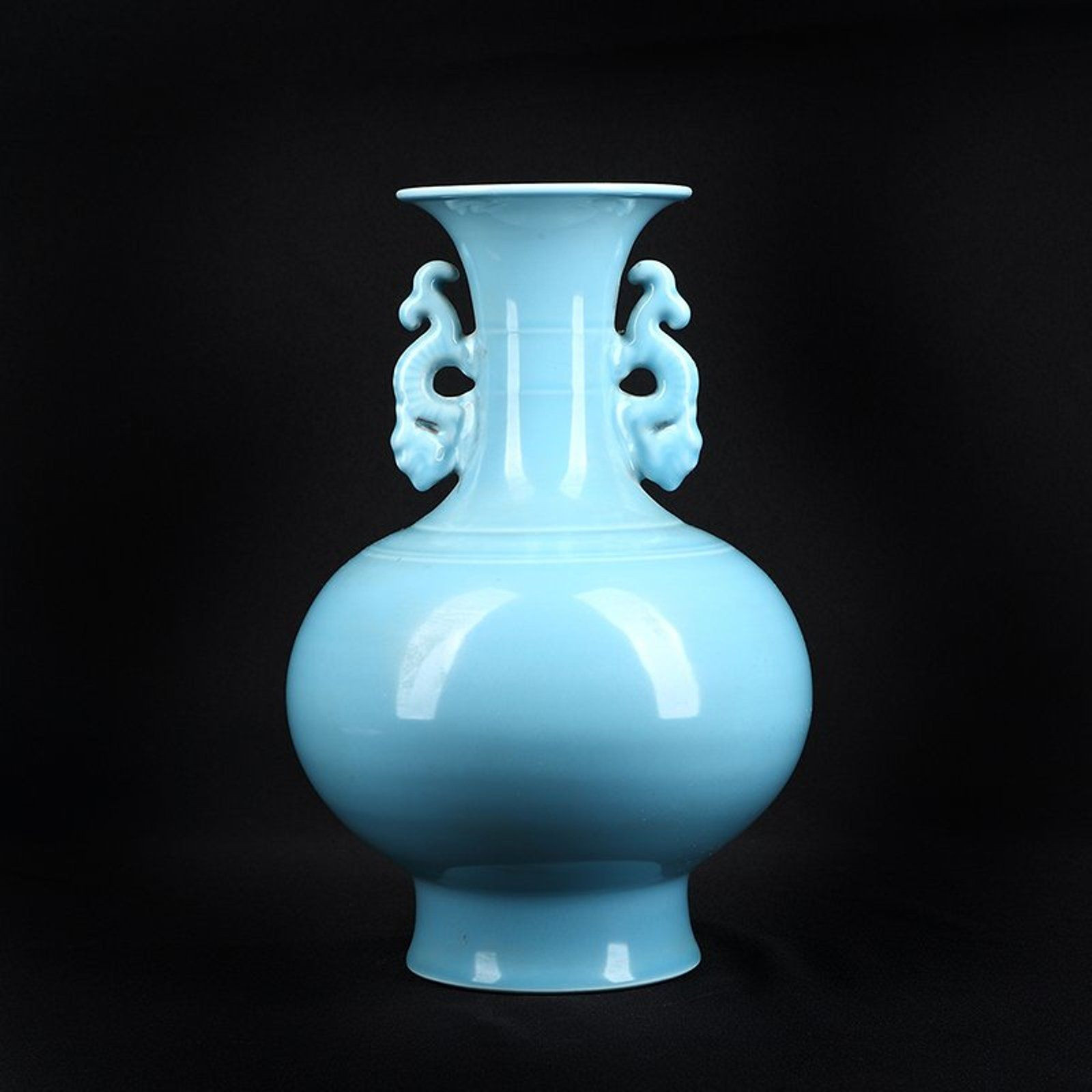 27 Stylish Pale Blue Vase