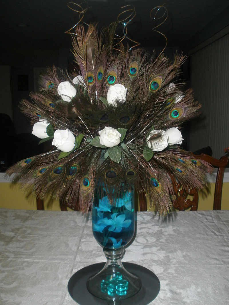 peacock feathers in vase of peacock feather arrangements for peacock feather arrangements photo18