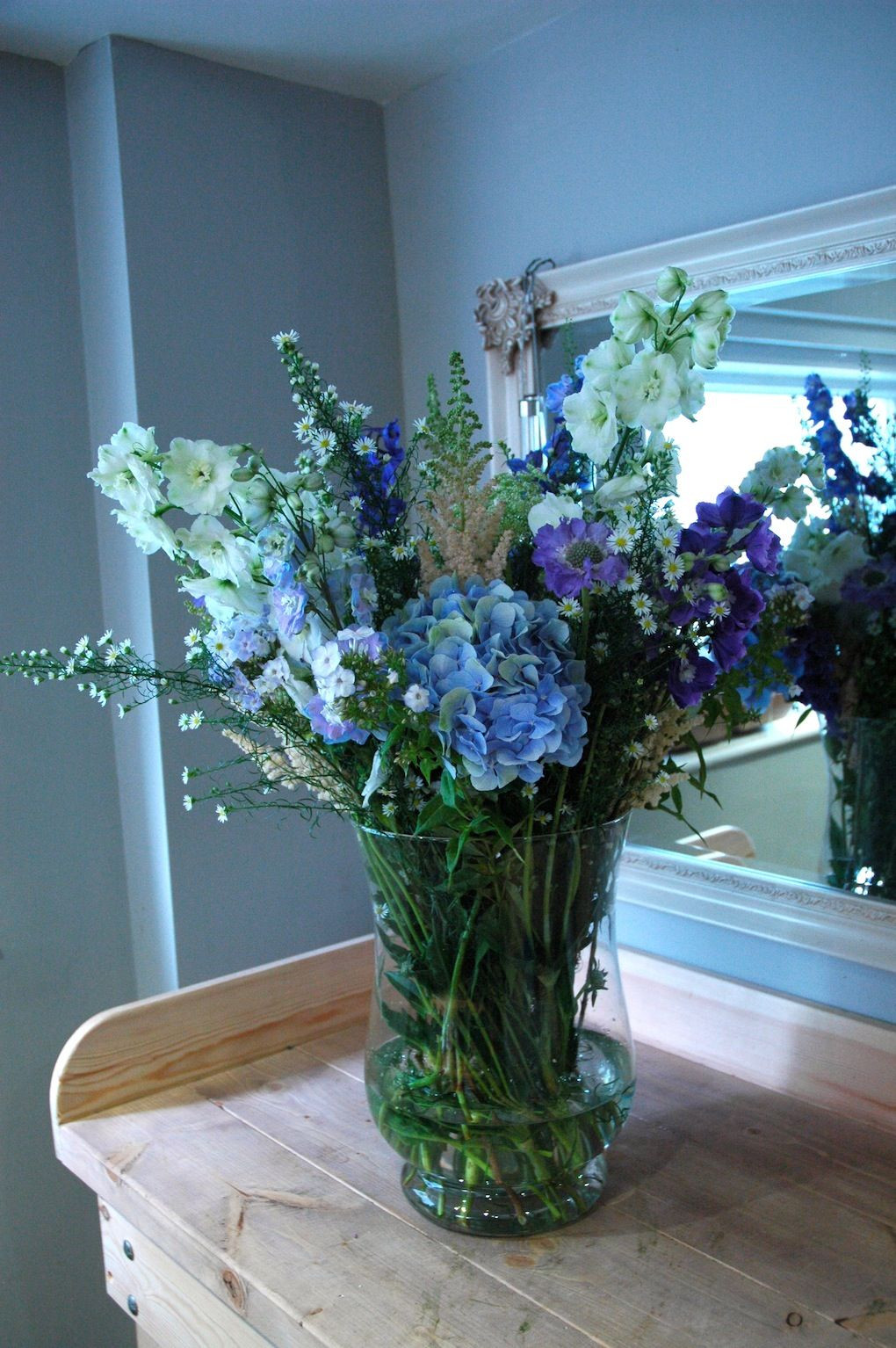 pictures of lilacs in a vase of delphinium hydrangea lilac phlox and astilbe tall vase intended for delphinium hydrangea lilac phlox and astilbe