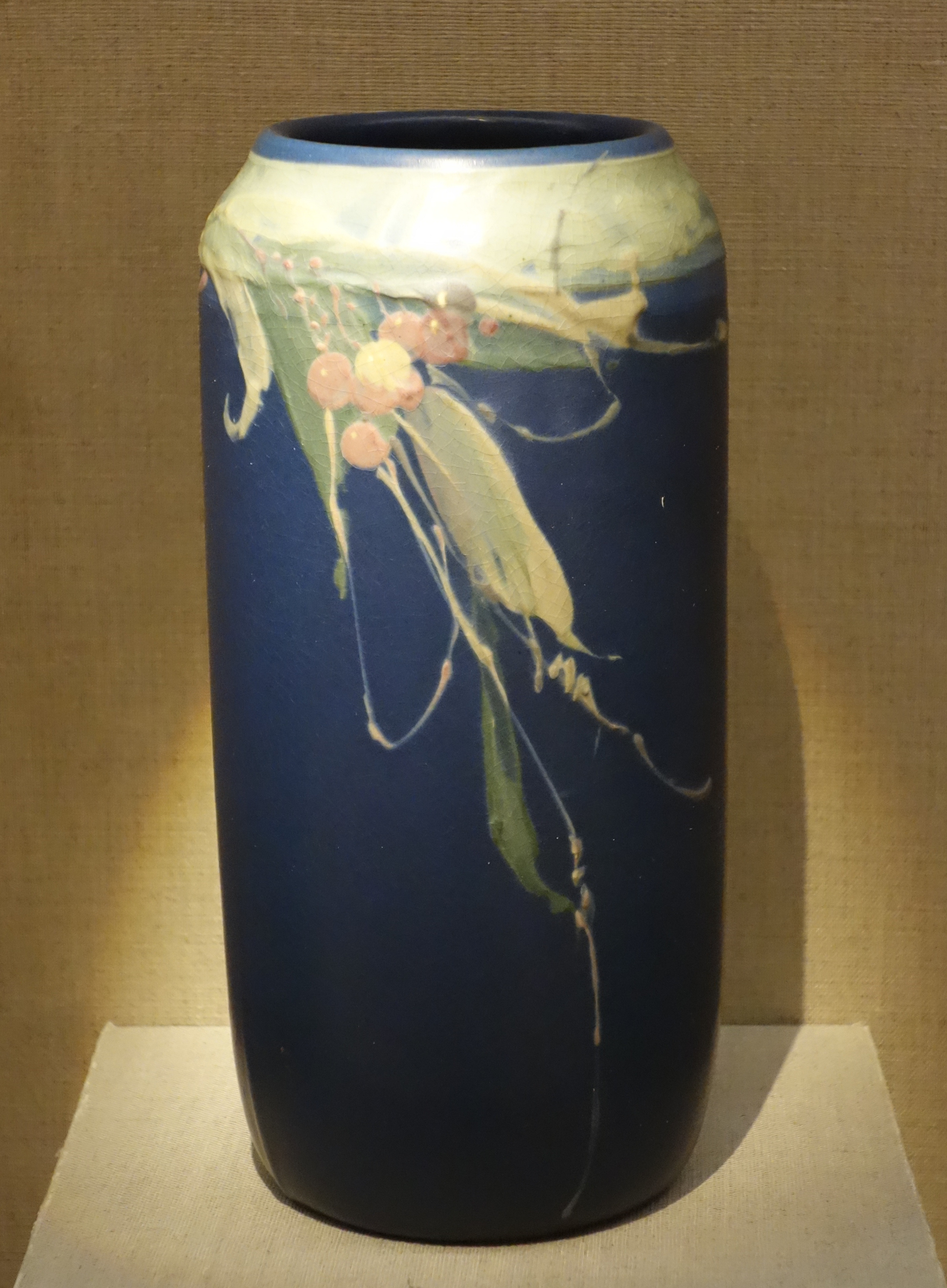 Pottery Craft Usa Vase Of American Art Pottery Wikipedia In Glazed Earthenware Vase Weller Pottery Ca 1905