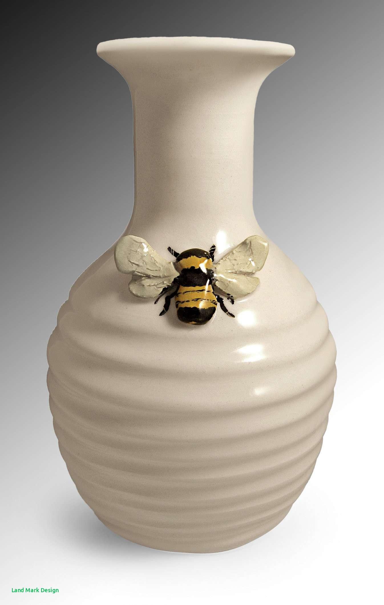 27 attractive Pottery Vase Designs