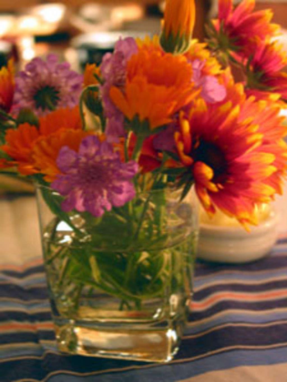 proflowers free vase code of how to keep cut flowers longer kitchn inside 09c870422f15d91bb433b4f93aaff6e1ec525f95
