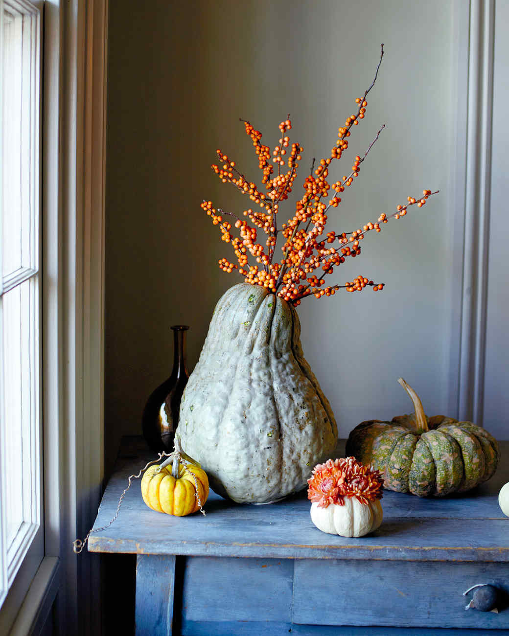 pumpkins as vases for centerpieces of 40 thanksgiving table settings to wow your guests intended for good things squash vase mld106852 vert