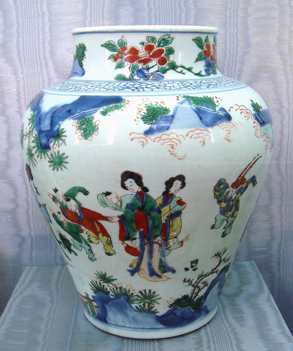 qianlong vase of chinese ceramics howling pixel for wusai vase shunzi period circa 1650 1660