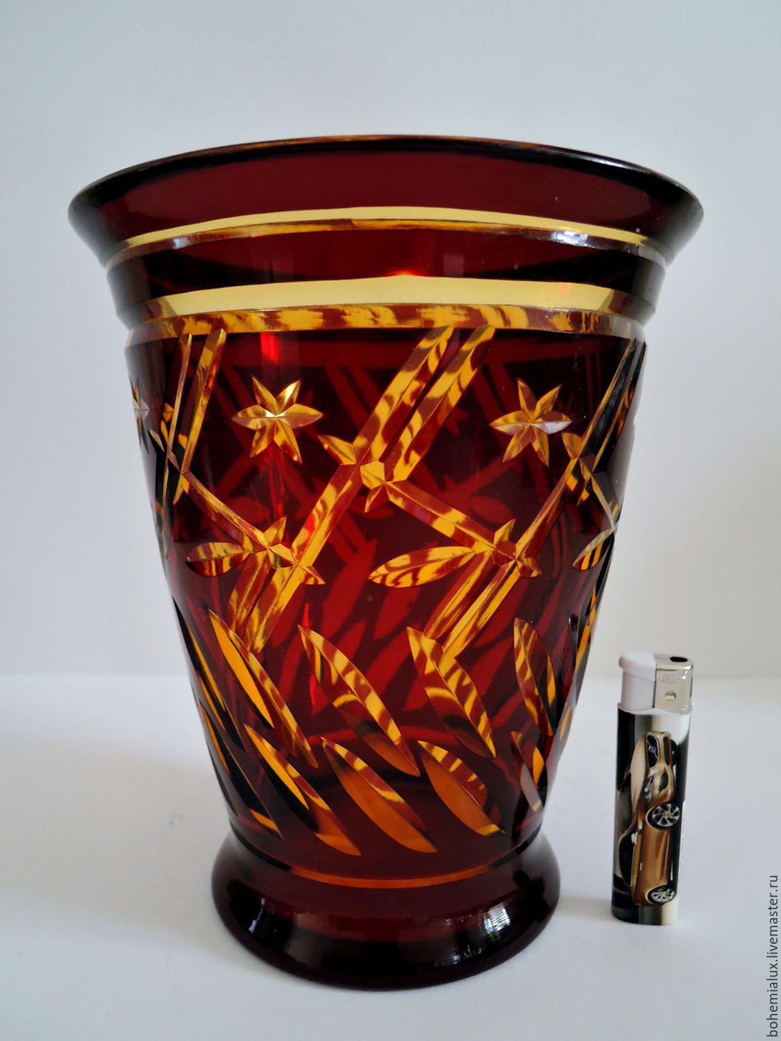 30 Cute Red Bohemian Glass Vase