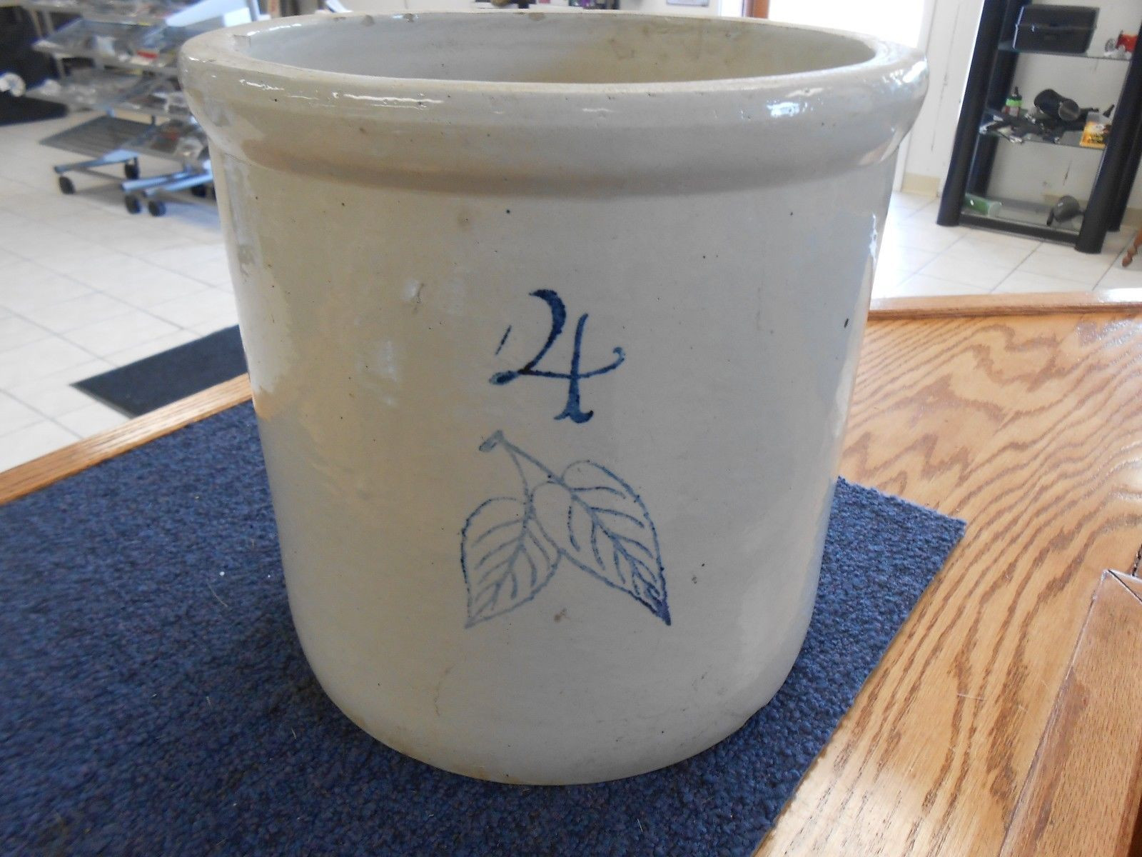 red wing vases antique of antique 4 gallon birch leaf red wing stoneware crock old ebay with antique 4 gallon birch leaf red wing stoneware crock old ebay