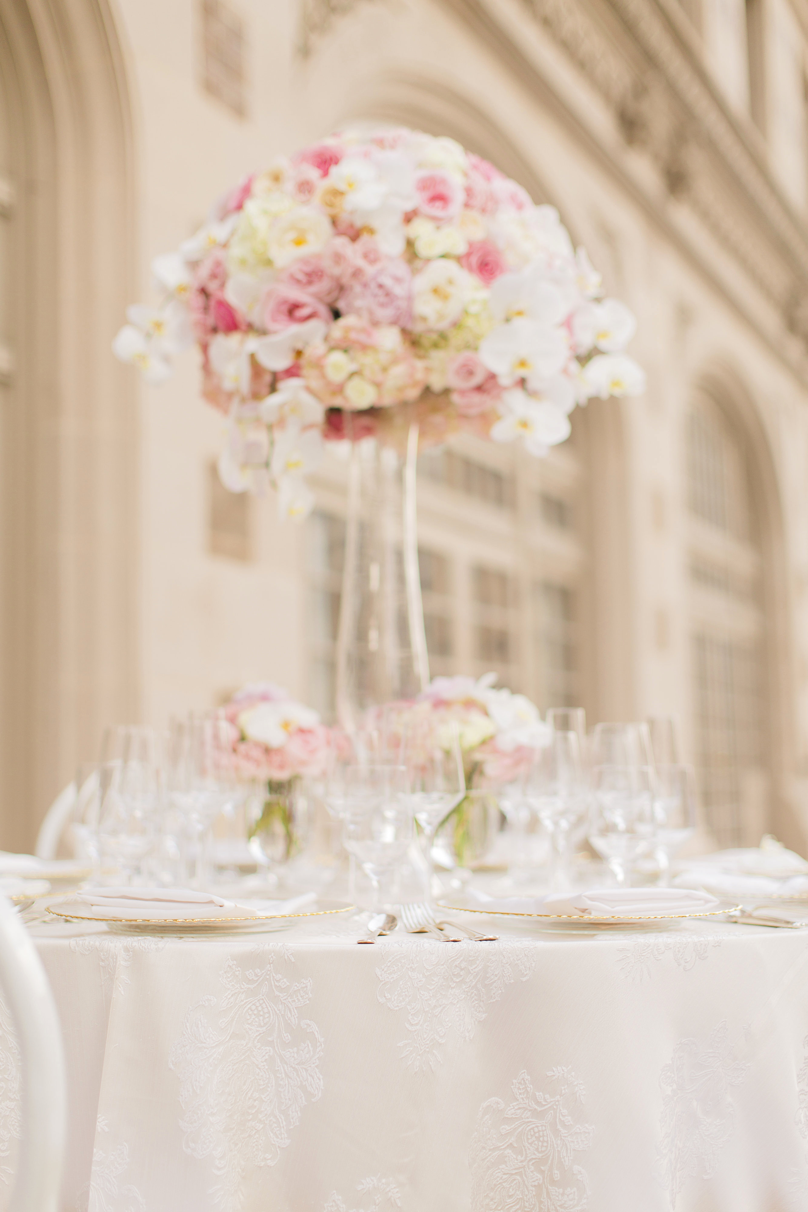 Rent Glass Vases for Wedding Of Lovely Wedding Decoration Rental Anisa Wedding Galery for Wedding Decoration Rental Best Of La Tavola Fine Linen Rental Girard Ivory with topaz White Napkins