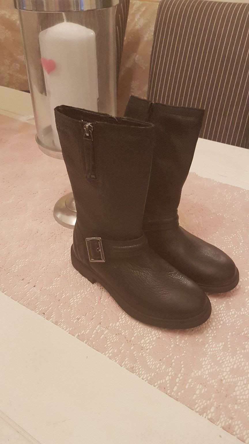 resin cowboy boot vase of https en shpock com i wtxtrvqo5b2dance 2017 10 26t170603 pertaining to brand new clarks boots 67186cbb