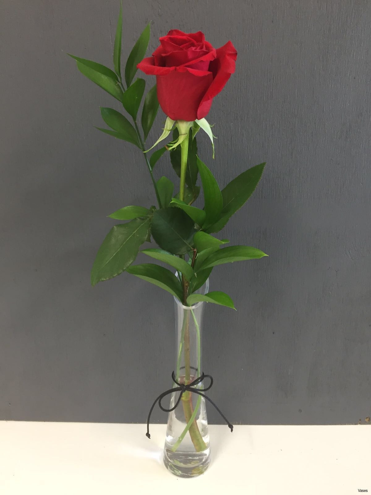 12 attractive Rose Vase