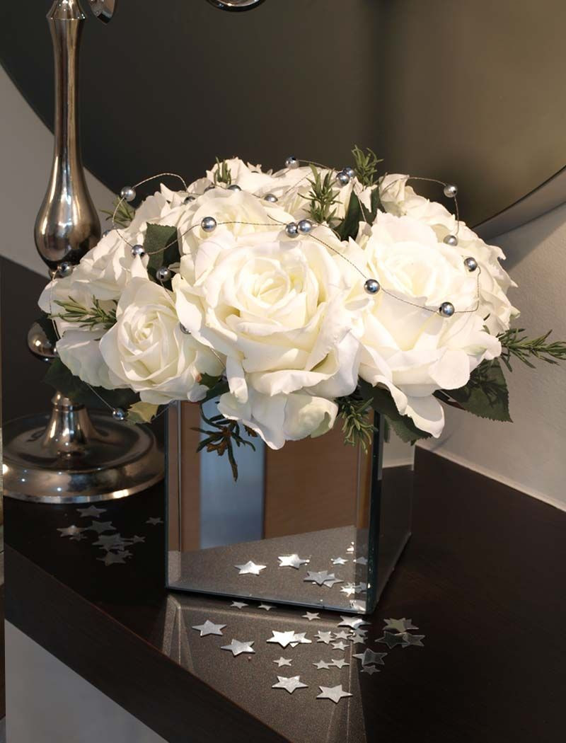 roses in square vase of mirrored square vase with roses vase and cellar image avorcor com pertaining to accessories splendid mirrors mirror stands gold accented beveled mirrored square vase wedding table centerpiece