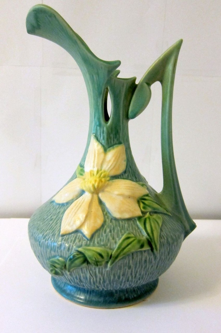 roseville pottery vases value of 104 best vases images on pinterest roseville pottery weller inside roseville pottery blue clematis ewer