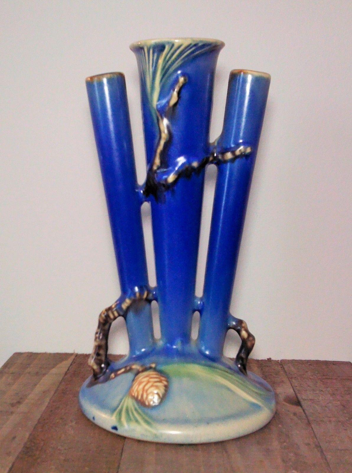 roseville water lily vase of blue bud vase stock rare roseville blue pine cone triple bud vase for blue bud vase stock rare roseville blue pine cone triple bud vase 113 8 near mint