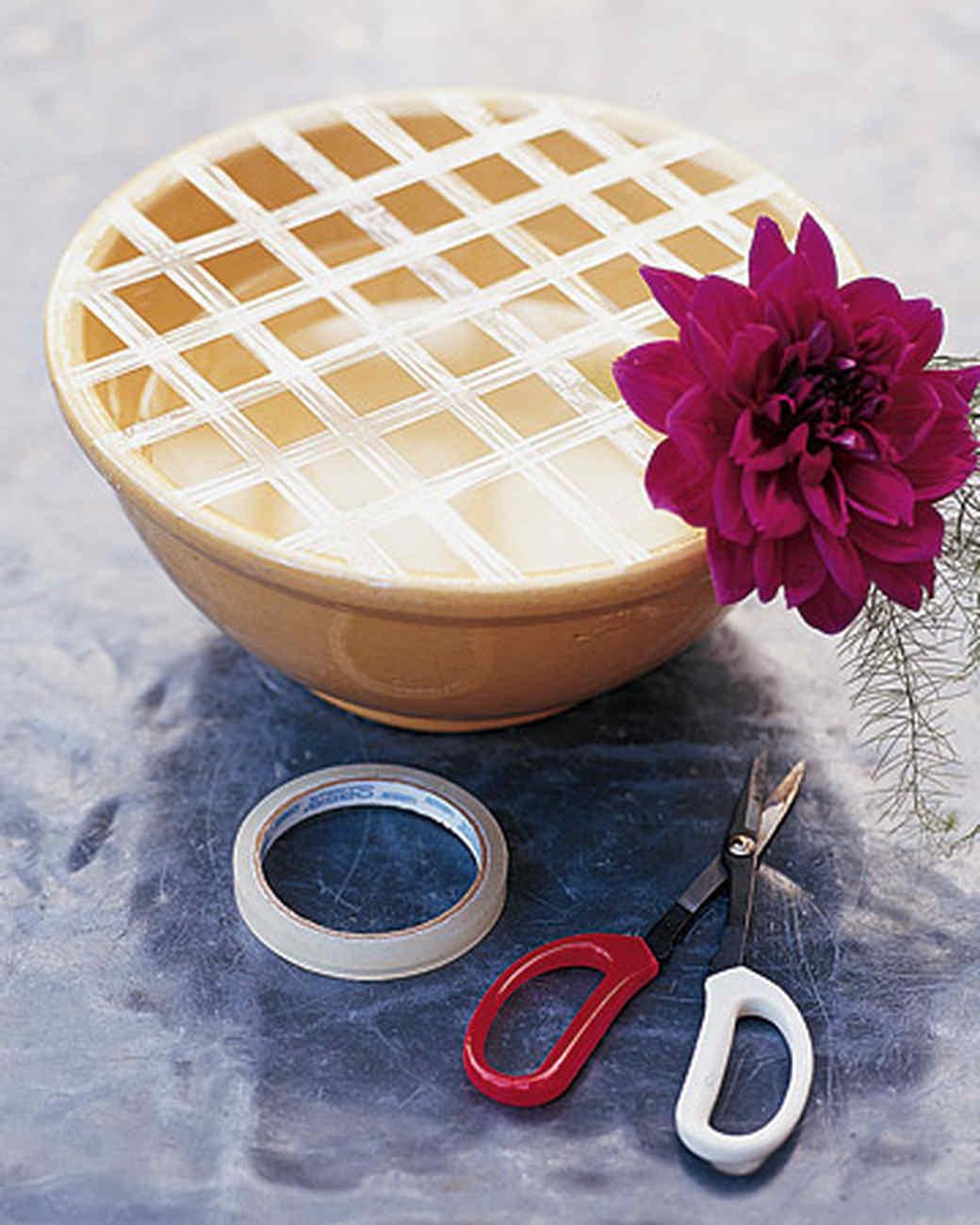 Round Vase Flower Arrangements Of Marthas Flower Arranging Secrets Martha Stewart Regarding Mla101098 0605 Pink Ht Xl