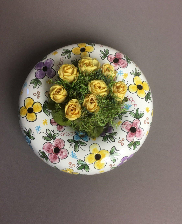 """Round Vase Flower Arrangements Of Vintage Round Ring Flower Frog Vase Arrangement 395 Berandos Inside DŸ""""Žzoom"""