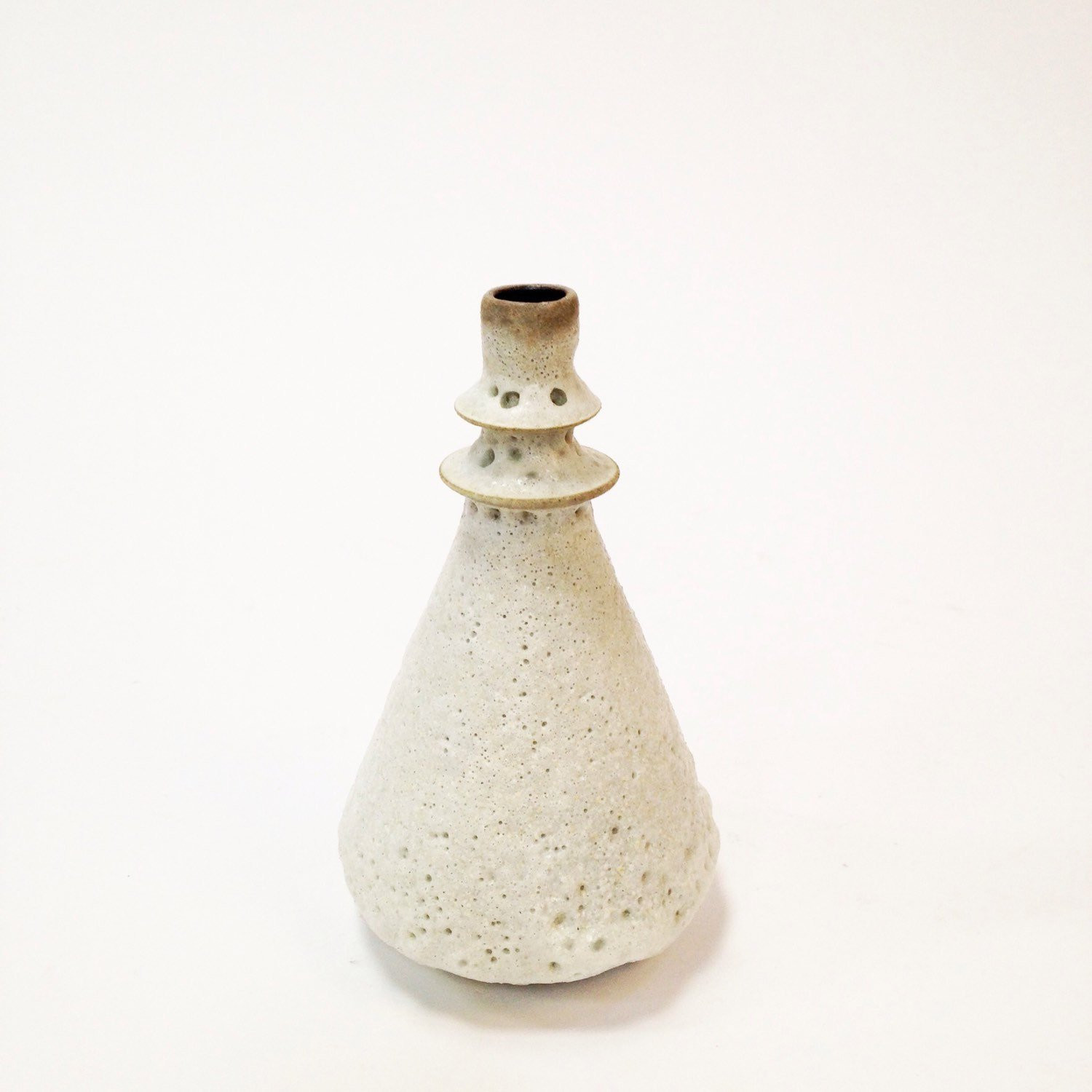 "Round White Ceramic Vase Of Made to order Small Crater White Vase by Sarapaloma Etsy Intended for DŸ""Žzoom"