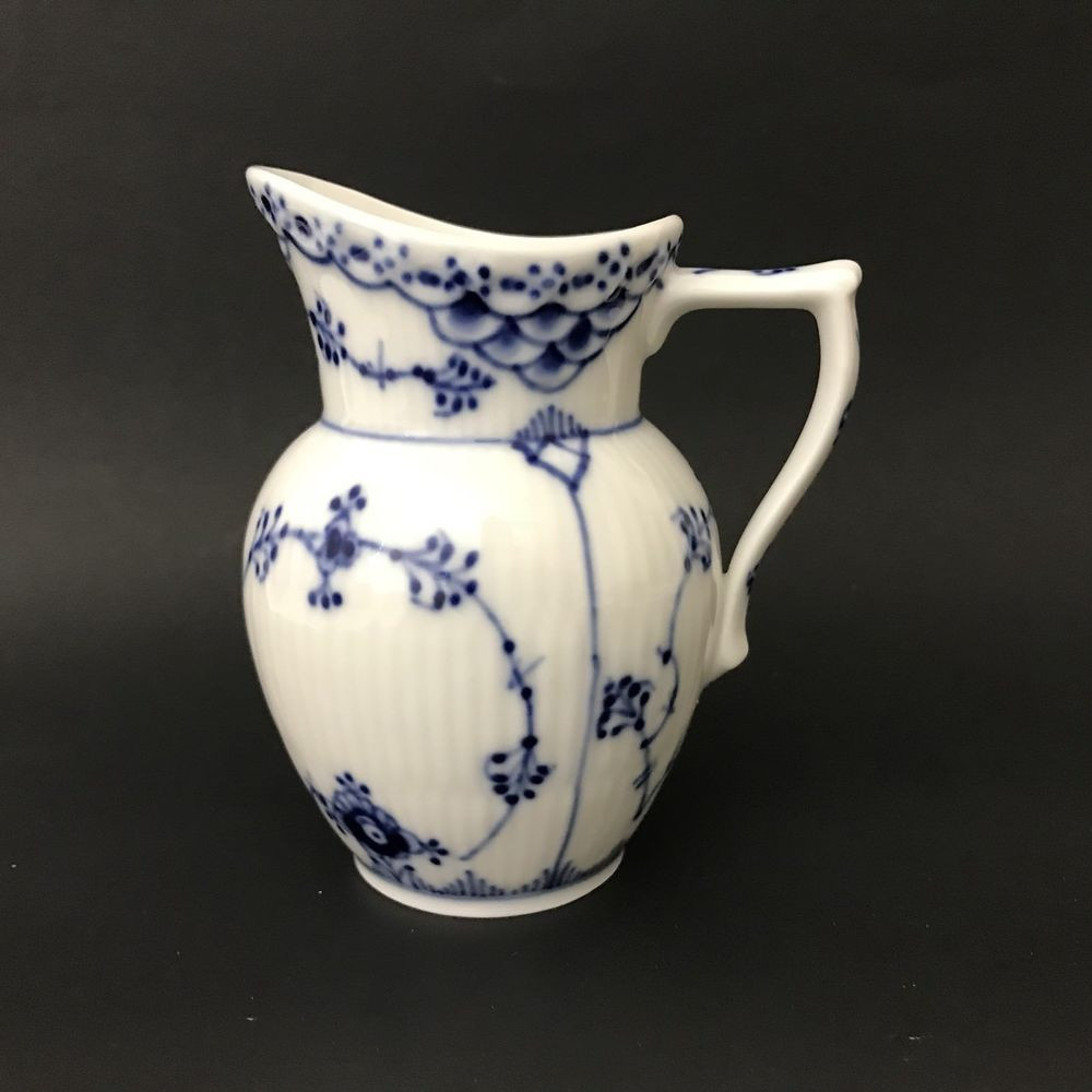 royal copenhagen denmark vase of royal copenhagen 522 mini creamer half lace blue fluted royal throughout royal copenhagen half lace blue fluted mini creamer perfect royalcopenhagen