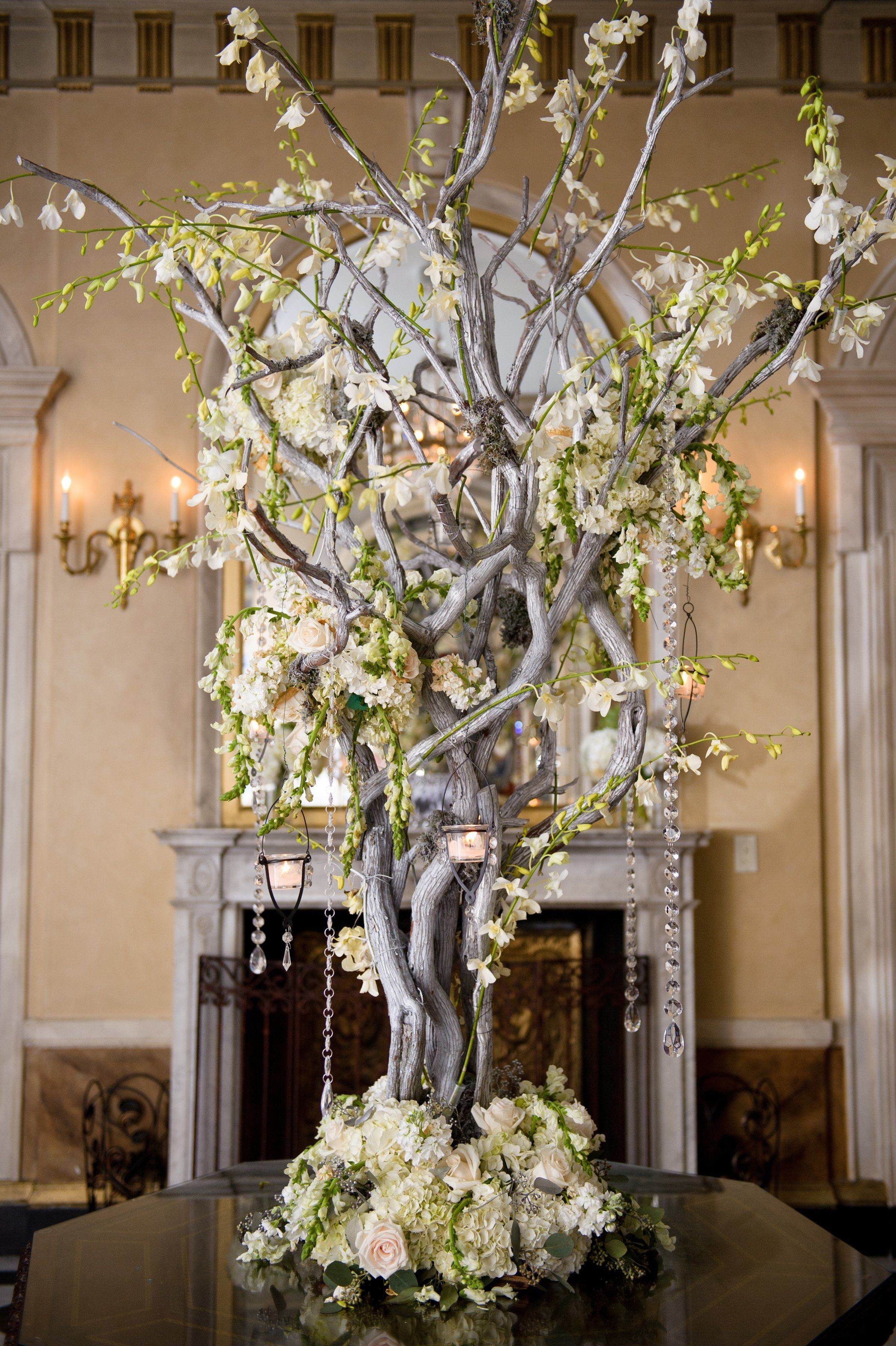 silk flowers in vase with fake water of decorative branches for weddings awesome tall vase centerpiece ideas inside decorative branches for weddings best of a tall arrangement of manzanita branches dripping with white blooms