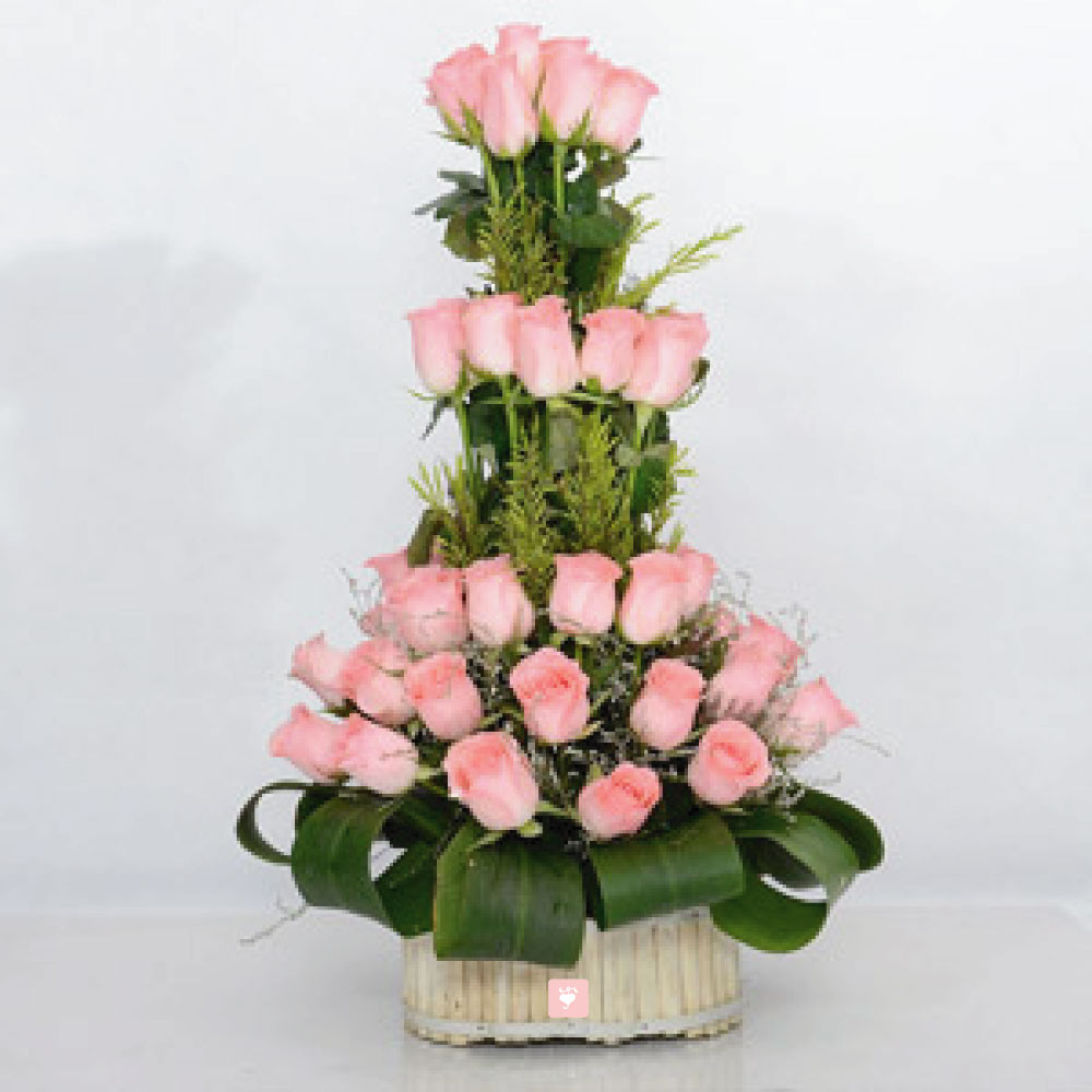 Silver Vase with Artificial Flowers Of Send Pink Flowers to India Pink Flowers Delivery Online Od with 30 Charming Pink Roses Basket