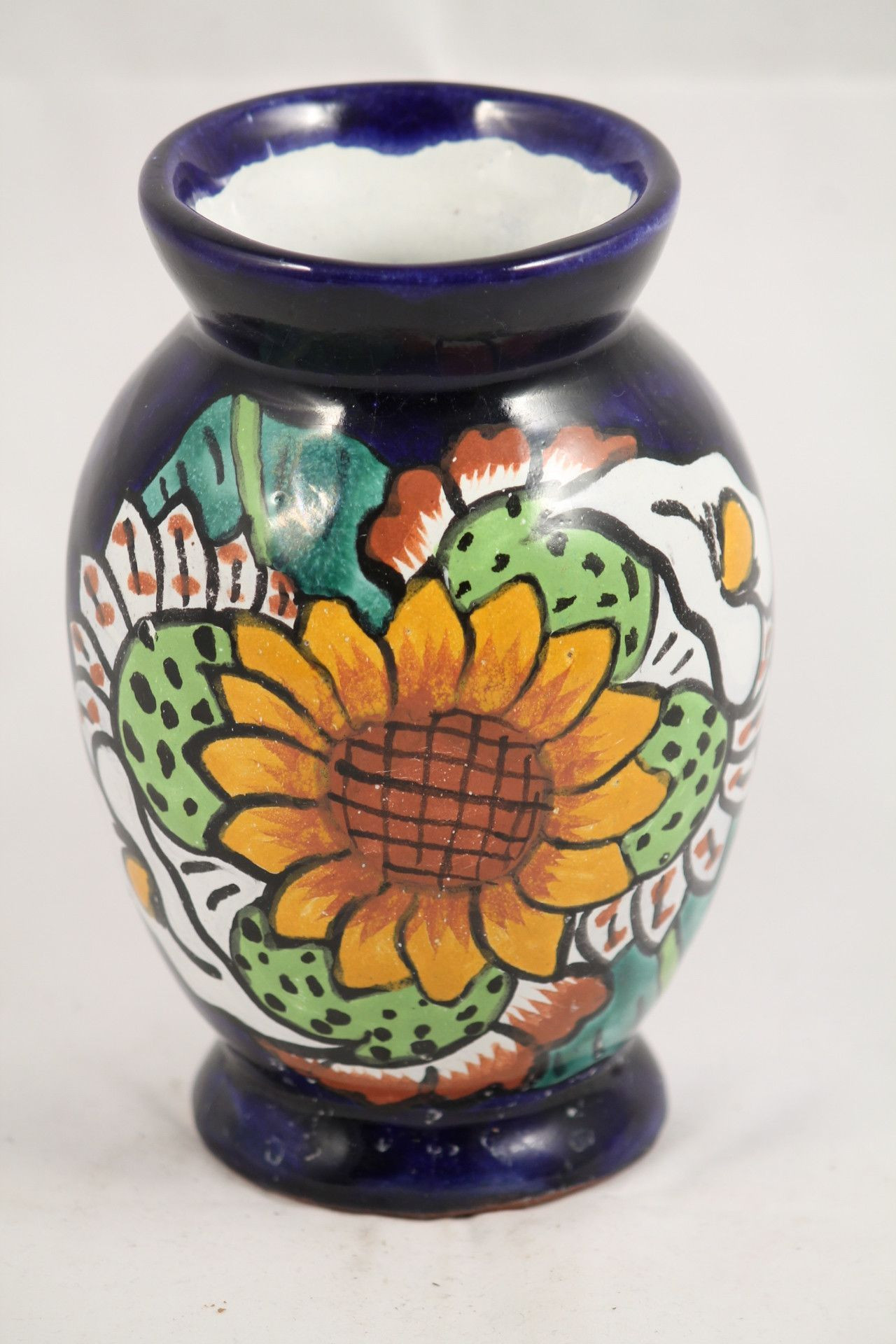 small flower vase of small hand painted mexican ceramic flower vase products in small hand painted mexican ceramic flower vase